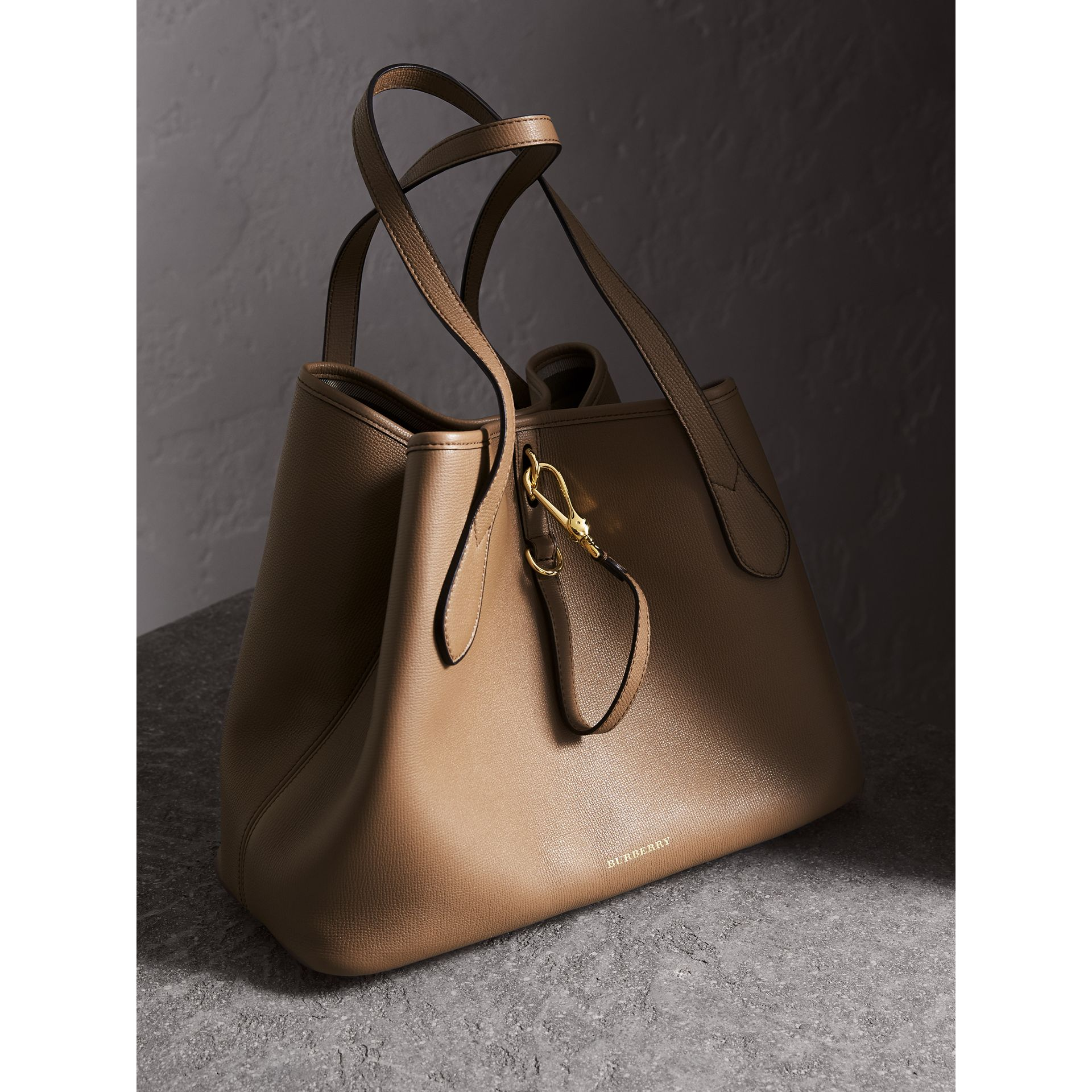 Medium Grainy Leather Tote Bag in Dark Sand - gallery image 6