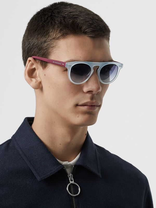 The Keyhole Round Frame Sunglasses in Light Blue | Burberry - cell image 3