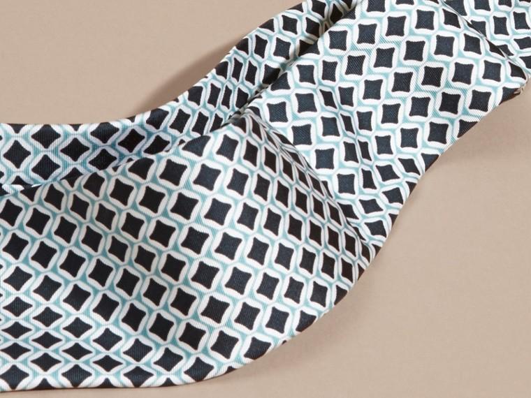 Vert eucalyptus Cravate moderne en soie à imprimé géométrique Vert Eucalyptus - cell image 1