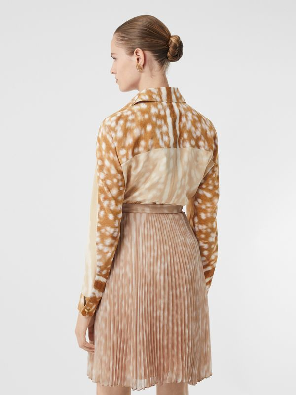 Cape Sleeve Deer Print Silk Shirt in Soft Fawn - Women | Burberry United Kingdom - cell image 2