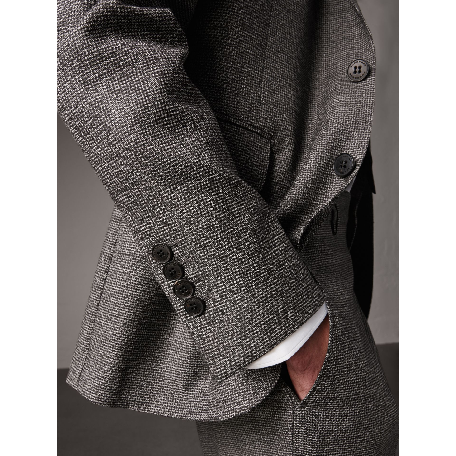 Soho Fit Houndstooth Check Wool Suit in Dark Grey Melange - Men | Burberry - gallery image 4
