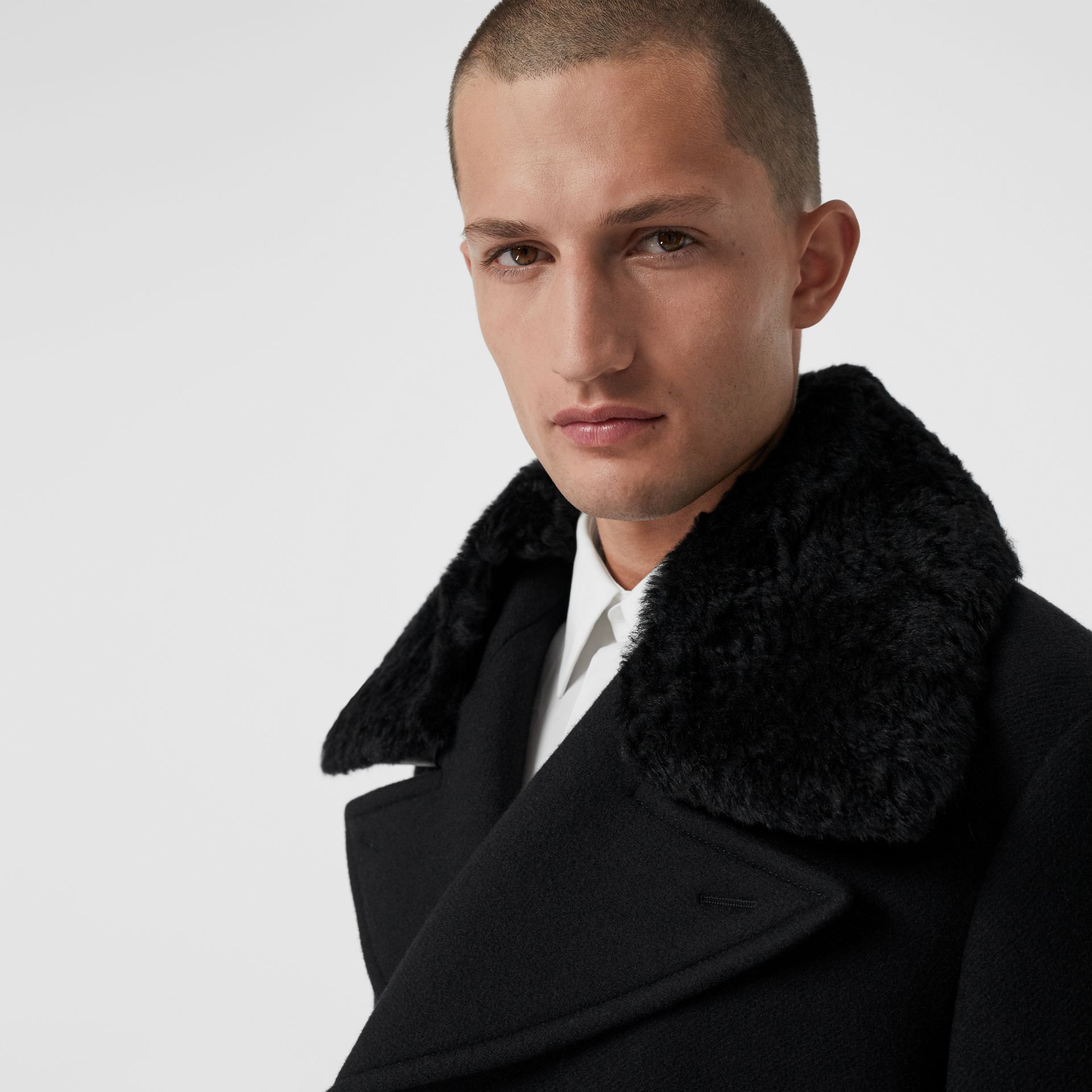 Detachable Shearling Collar Cashmere Chesterfield in Black - Men | Burberry - gallery image 4