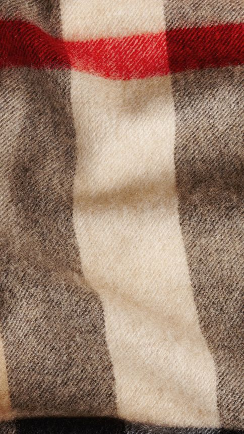 Camel check Giant Exploded Check Cashmere Scarf Camel - Image 2