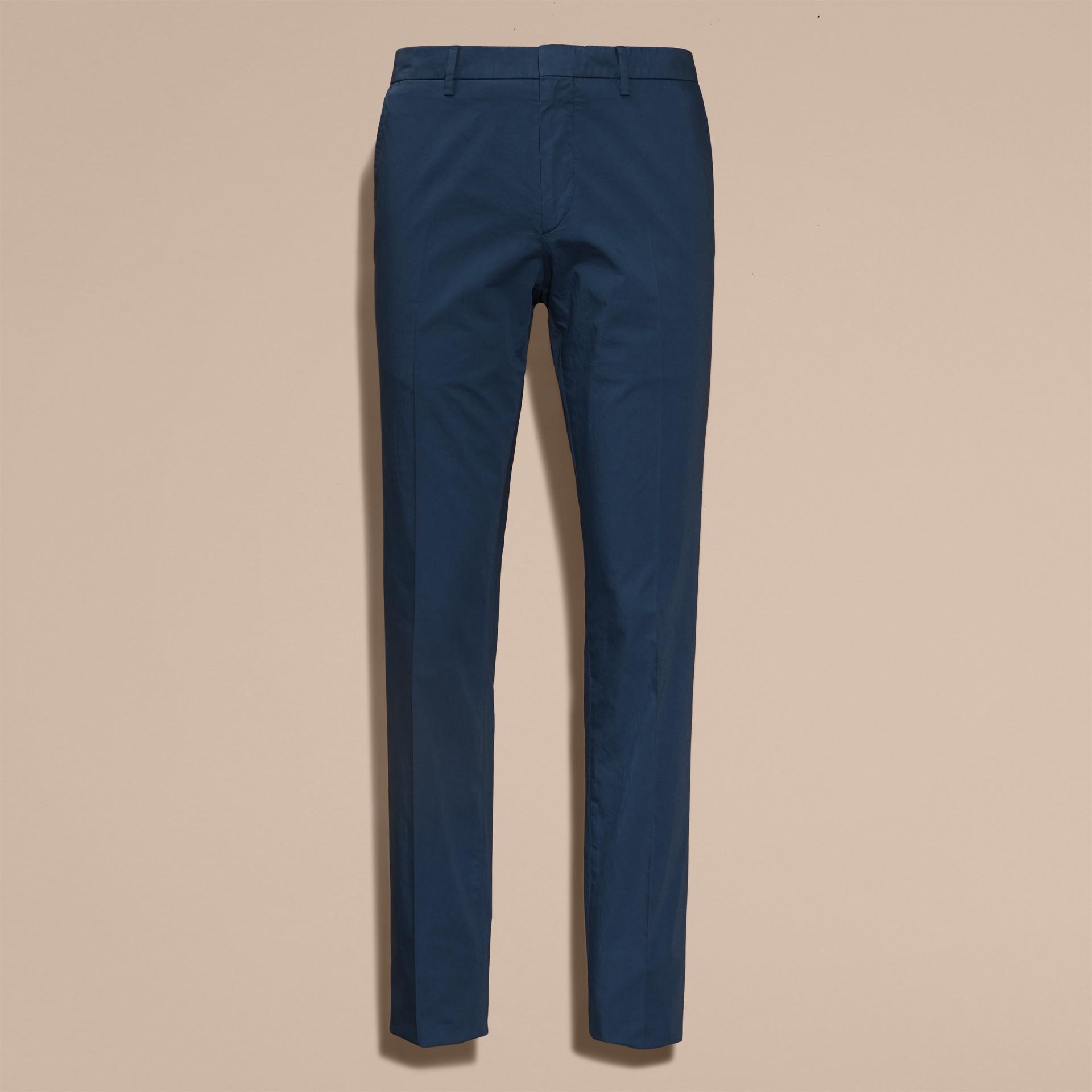Яркий голубовато-стальной Узкие брюки из эластичной ткани Яркий Голубовато-стальной - изображение 4