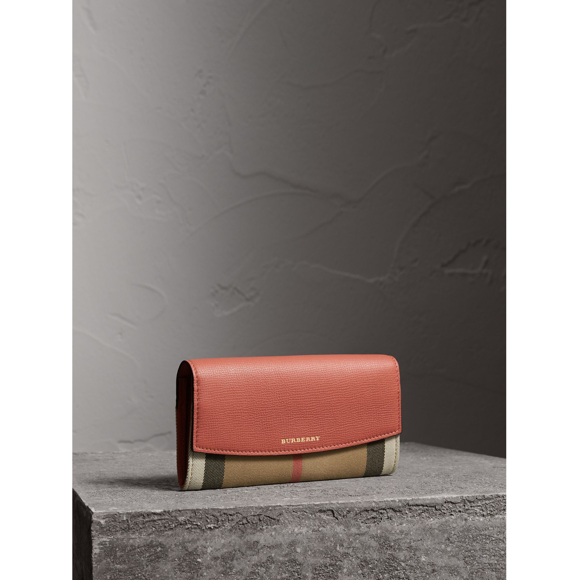 House Check And Leather Continental Wallet in Cinnamon Red - Women | Burberry Canada - gallery image 0