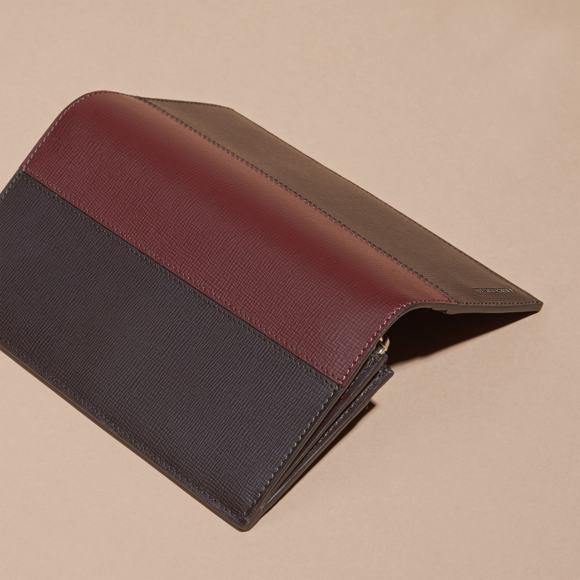 Wine/burgundy red Colour Block London Leather Continental Wallet Wine/burgundy Red - gallery image 4