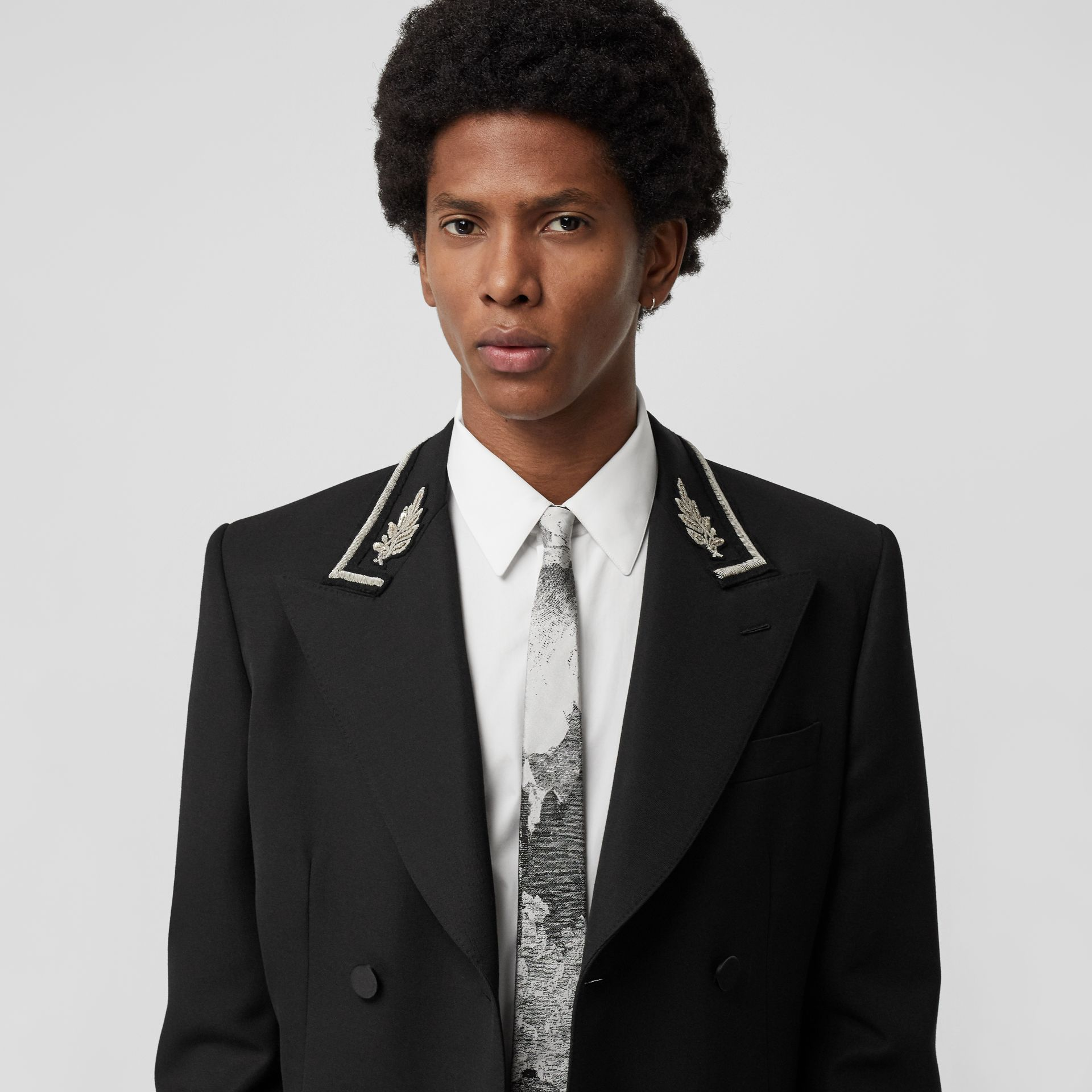 Slim Cut Dreamscape Silk Jacquard Tie in Black - Men | Burberry Canada - gallery image 2
