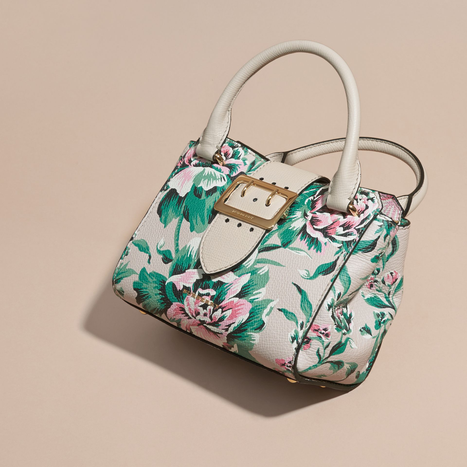 The Small Buckle Tote in Peony Rose Print Leather in Natural/emerald Green - gallery image 8