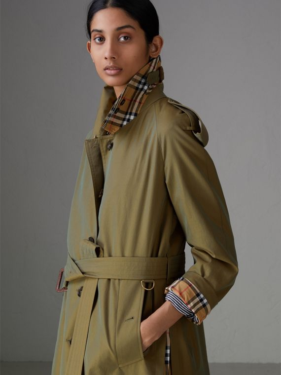 Side-slit Tropical Gabardine Trench Coat in Bright Olive