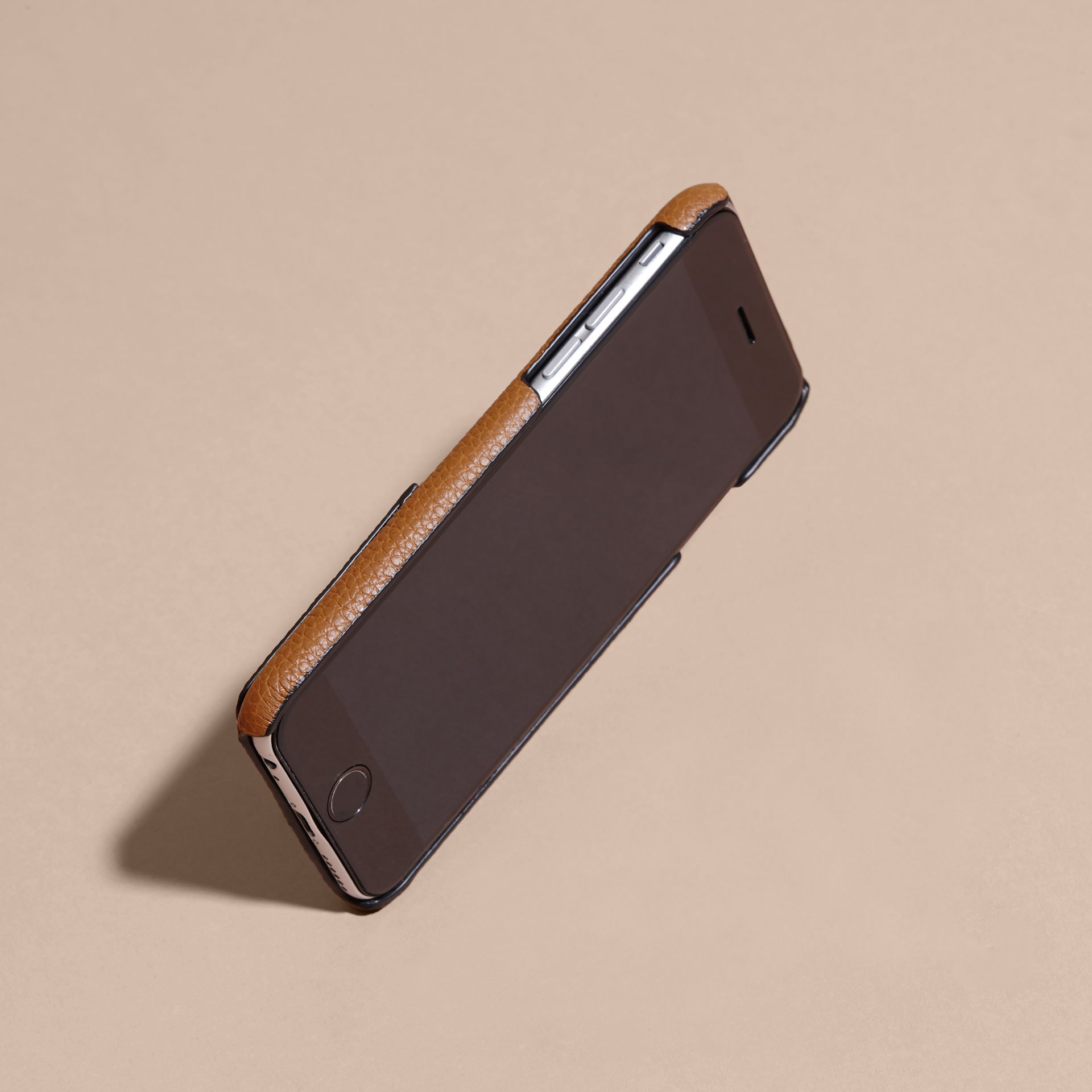 Tan Grainy Leather iPhone 6 Case - gallery image 3