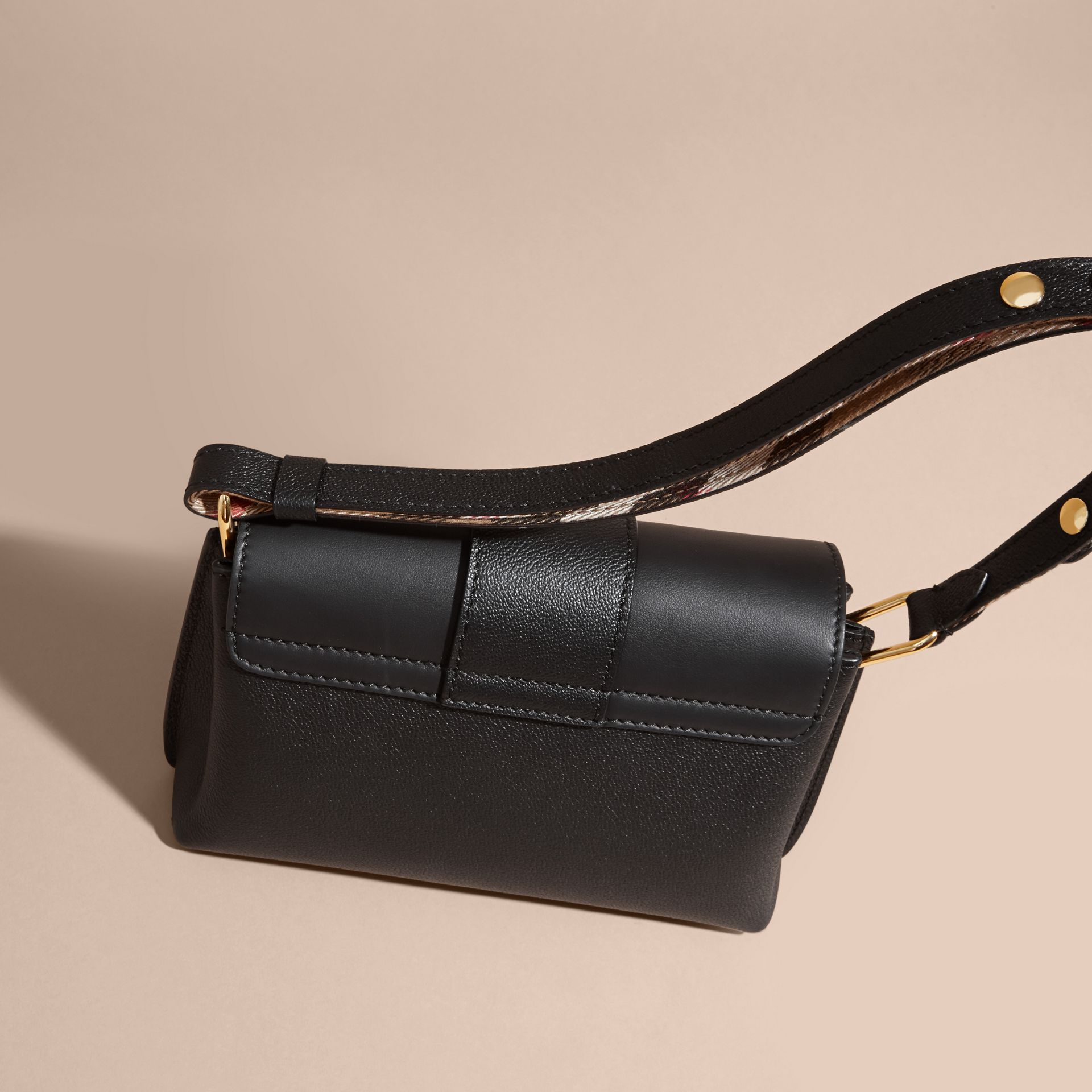 The Buckle Crossbody Bag in Leather Black - gallery image 3