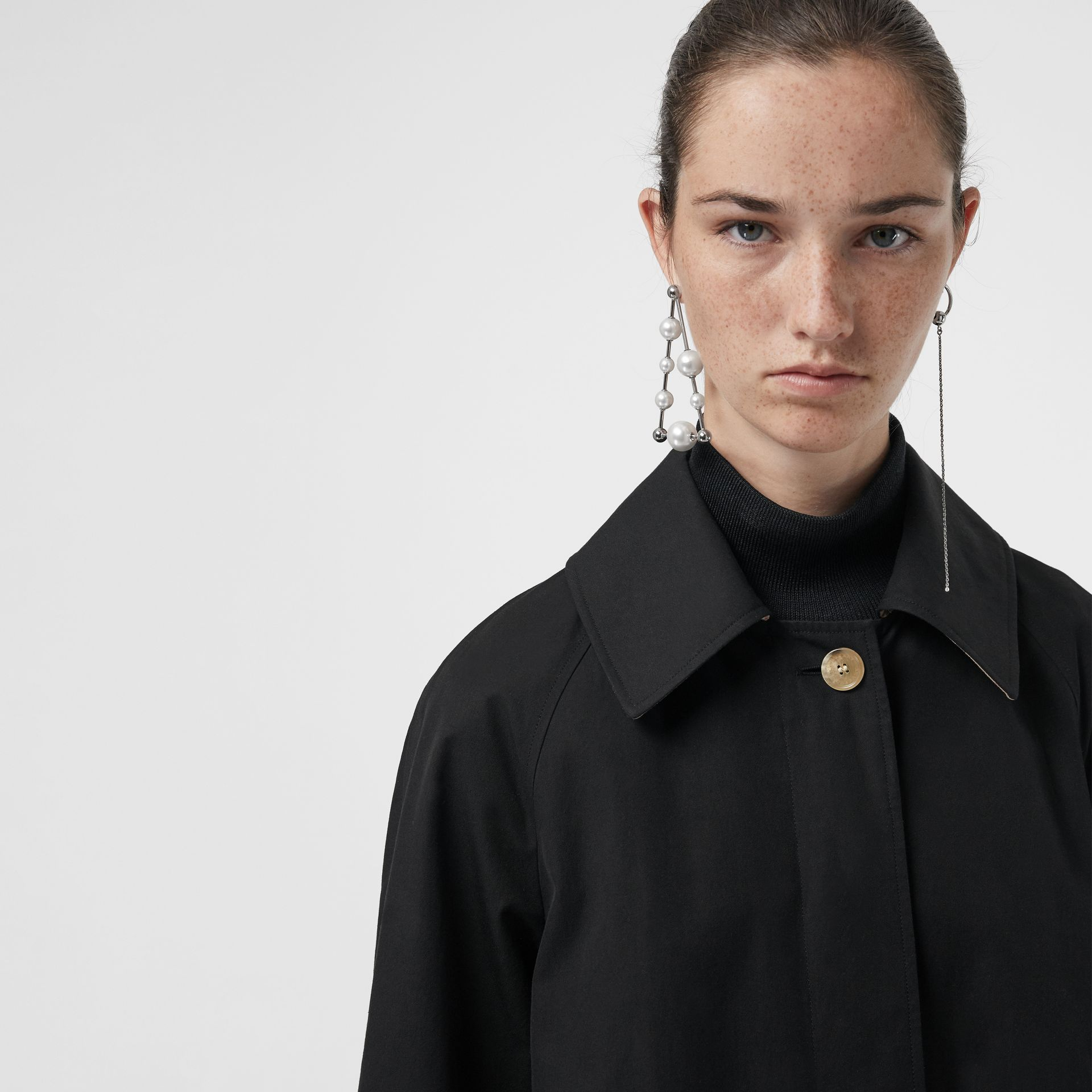 Detachable Hood Oversized Car Coat in Black - Women | Burberry - gallery image 1