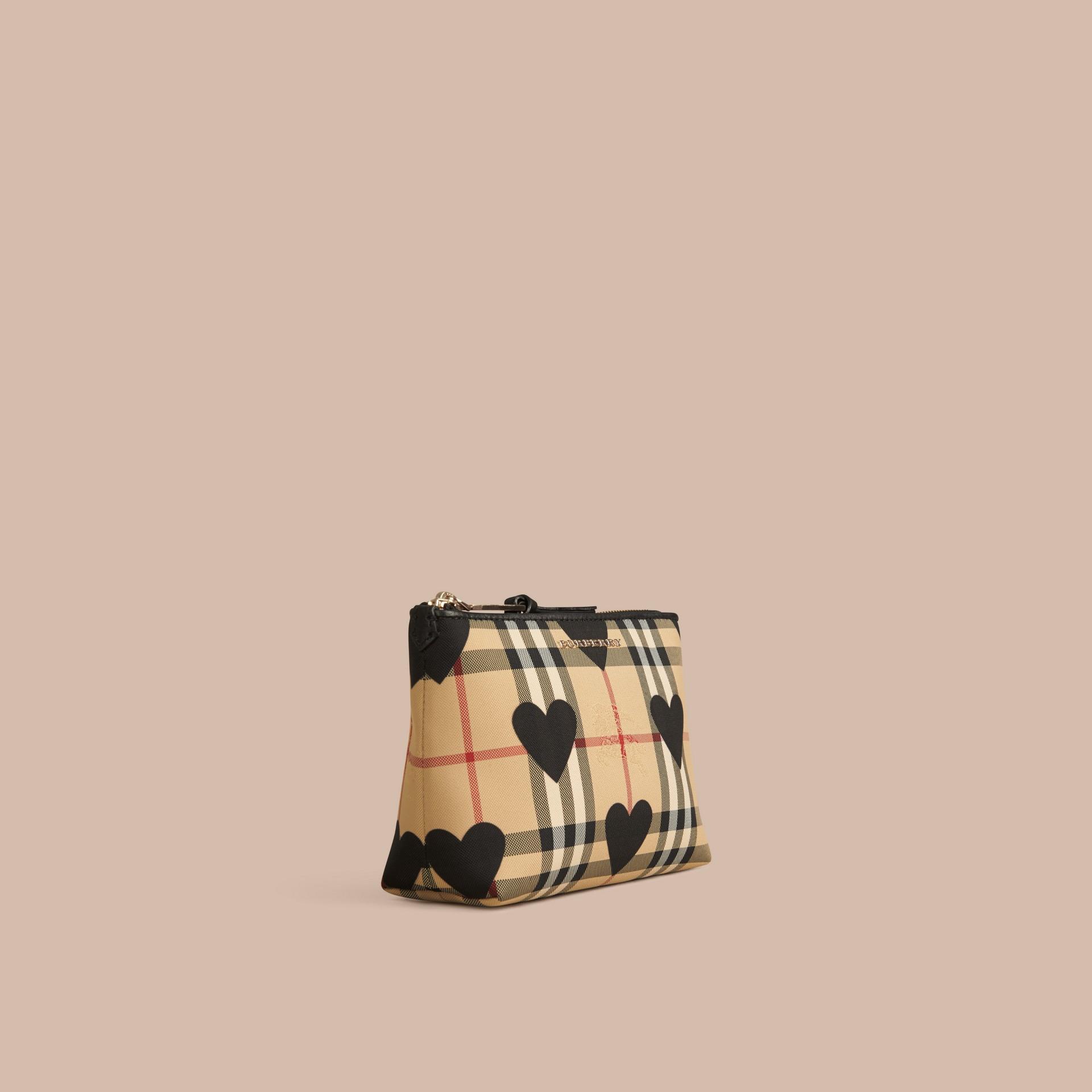 Noir Pochette medium à motif check et à cœurs bordée de cuir Noir - photo de la galerie 1