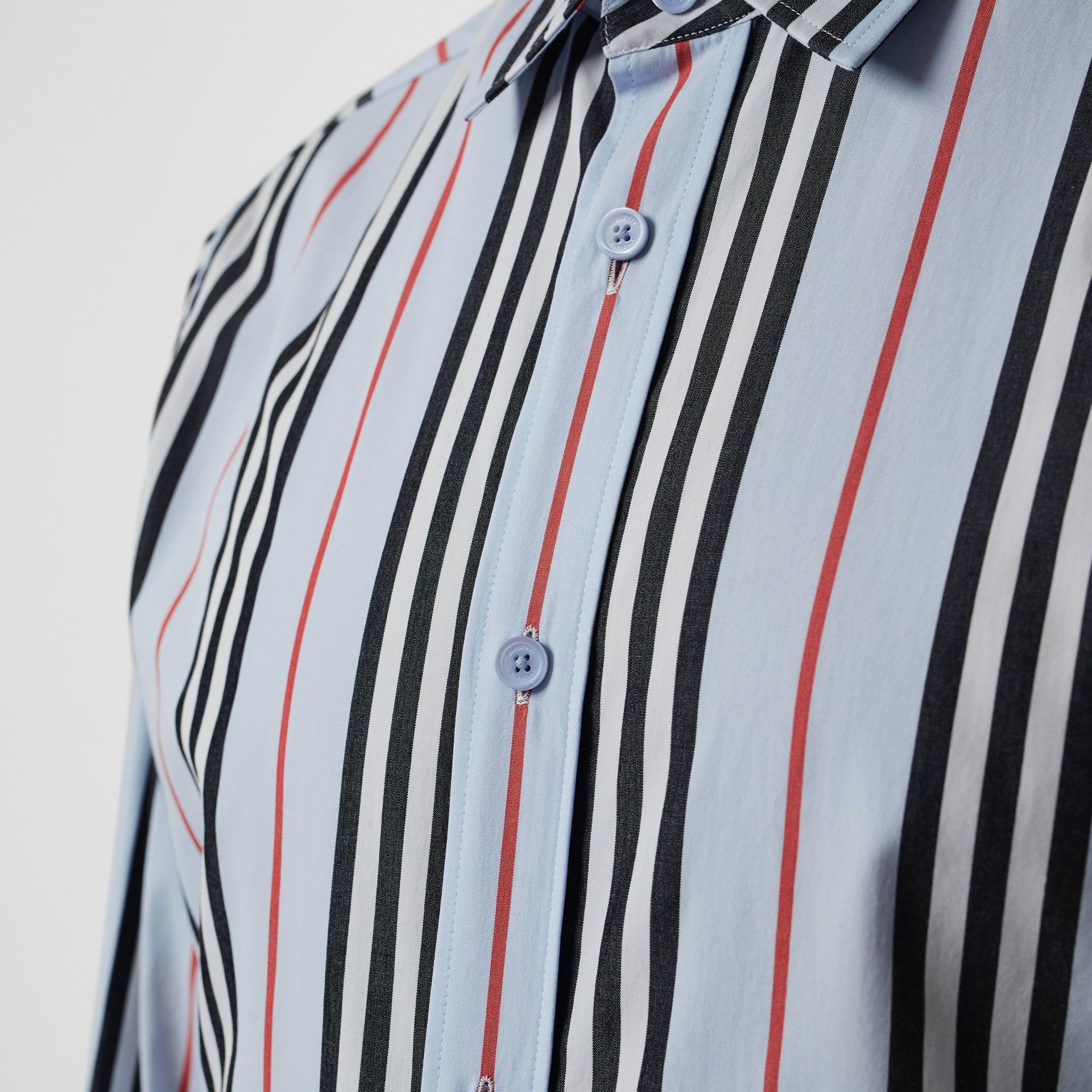 Icon Stripe Cotton Poplin Shirt in Pale Blue - Men | Burberry United States - gallery image 4