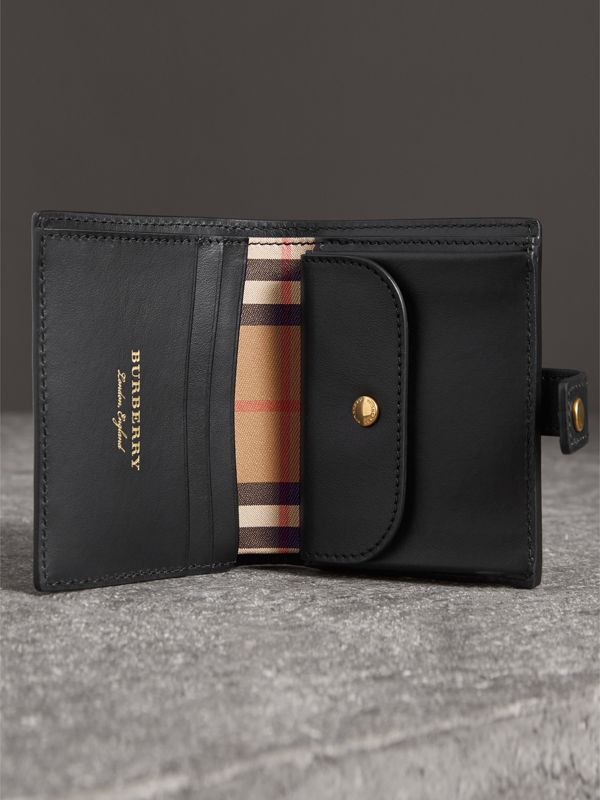 Small Vintage Check and Leather Folding Wallet in Black - Women | Burberry Hong Kong - cell image 3