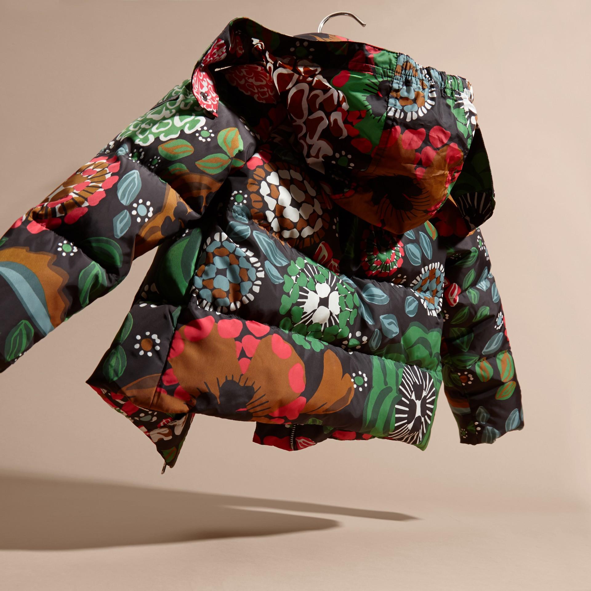 Vert sauge Doudoune longue à imprimé floral avec capuche repliable - photo de la galerie 4