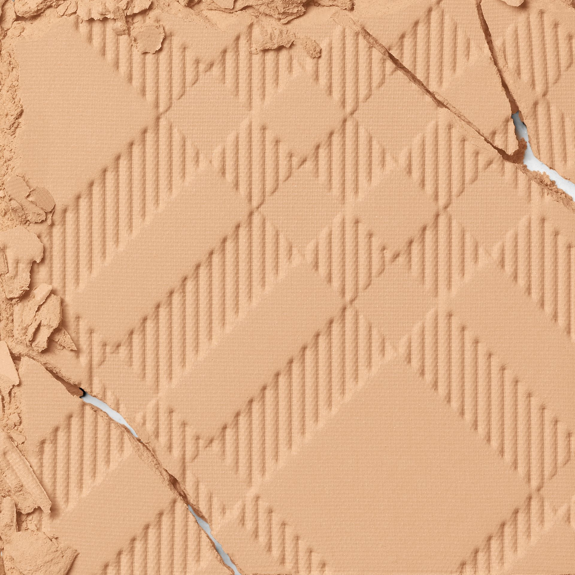 Bright Glow Compact SPF 25 PA +++ Refill – Light Honey No.10 - Women | Burberry - gallery image 2