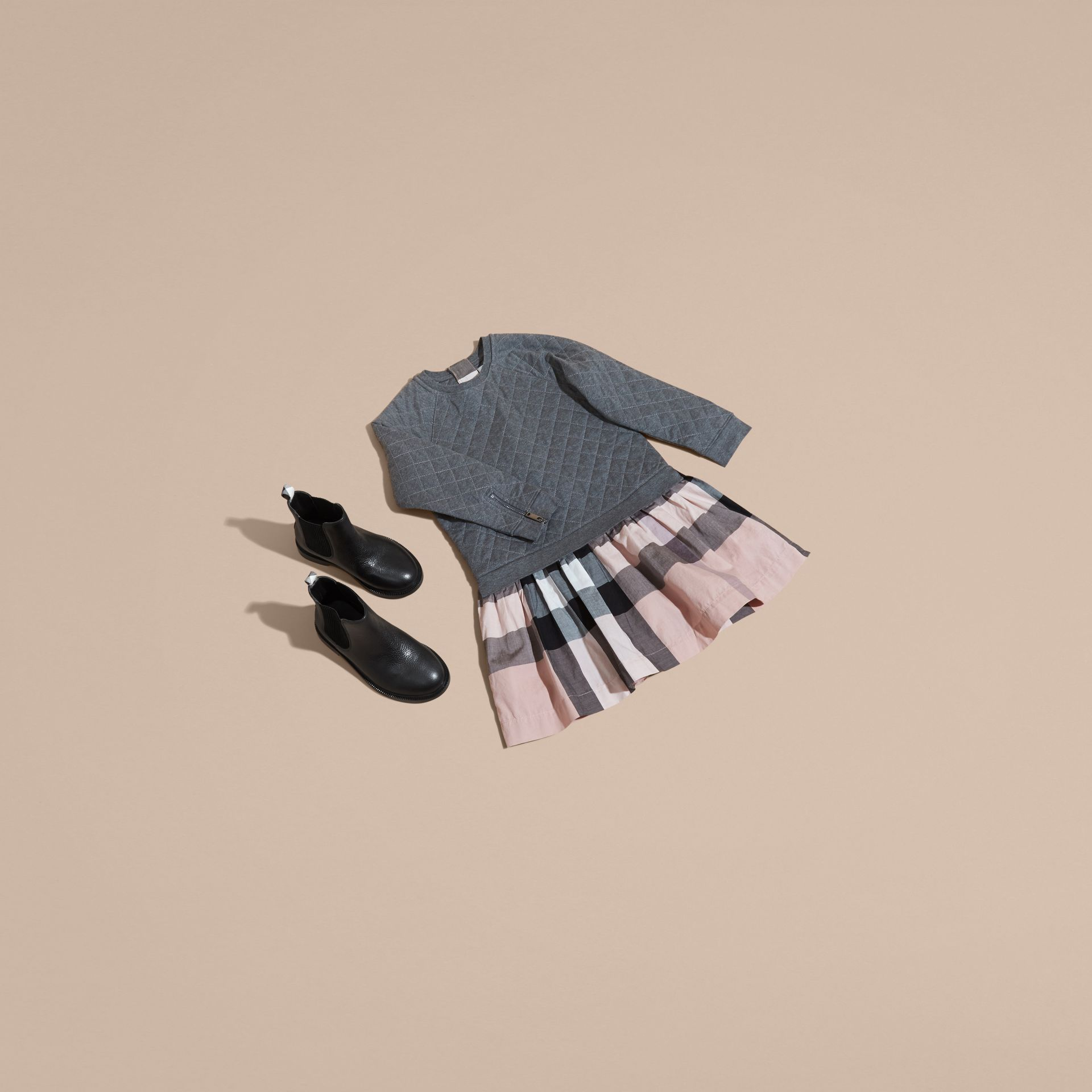 Camaïeu de gris sombres Robe de jour matelassée en jersey et coton à motif check Camaïeu  Gris Sombres - photo de la galerie 5