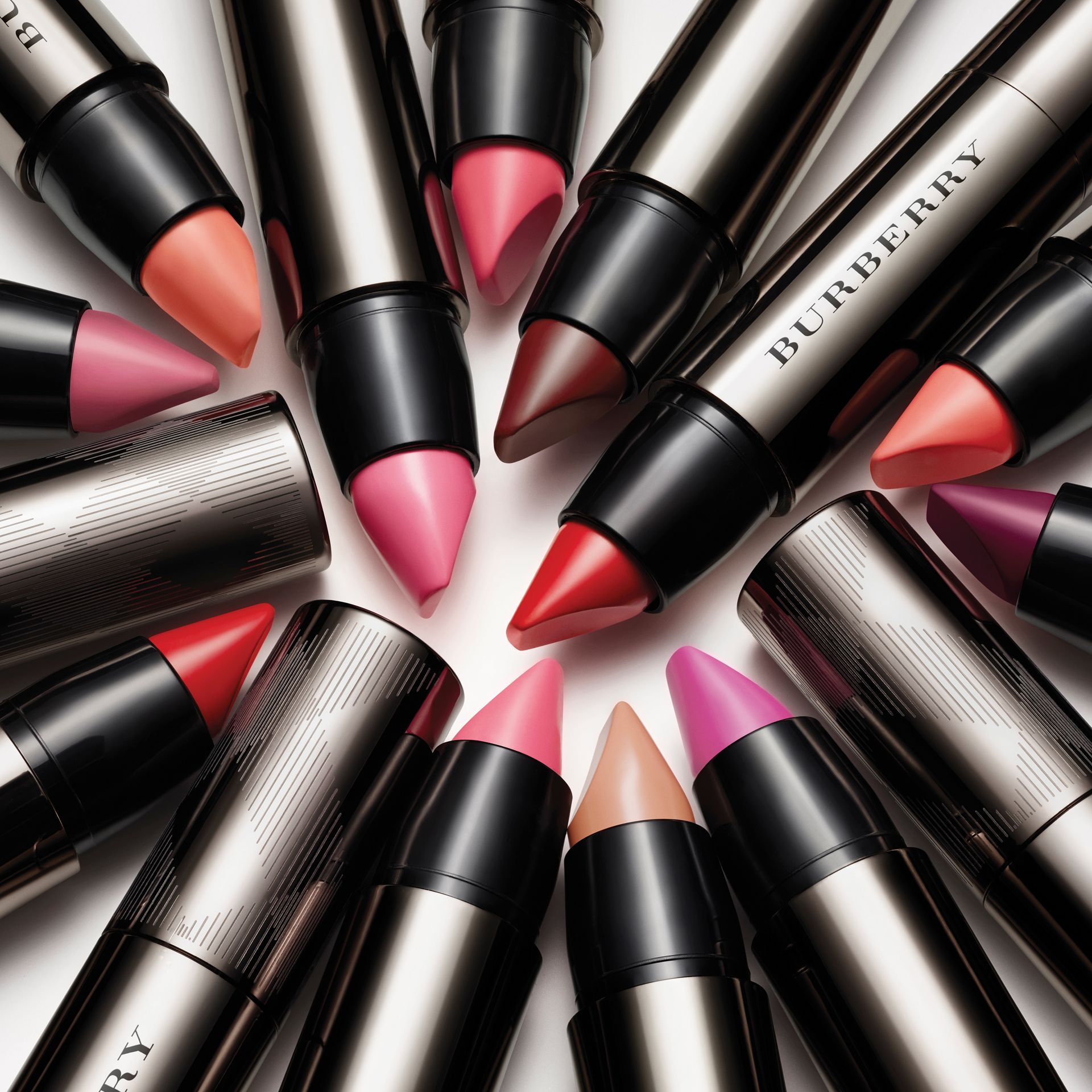 Burberry Full Kisses – Light Crimson No.517 - gallery image 3