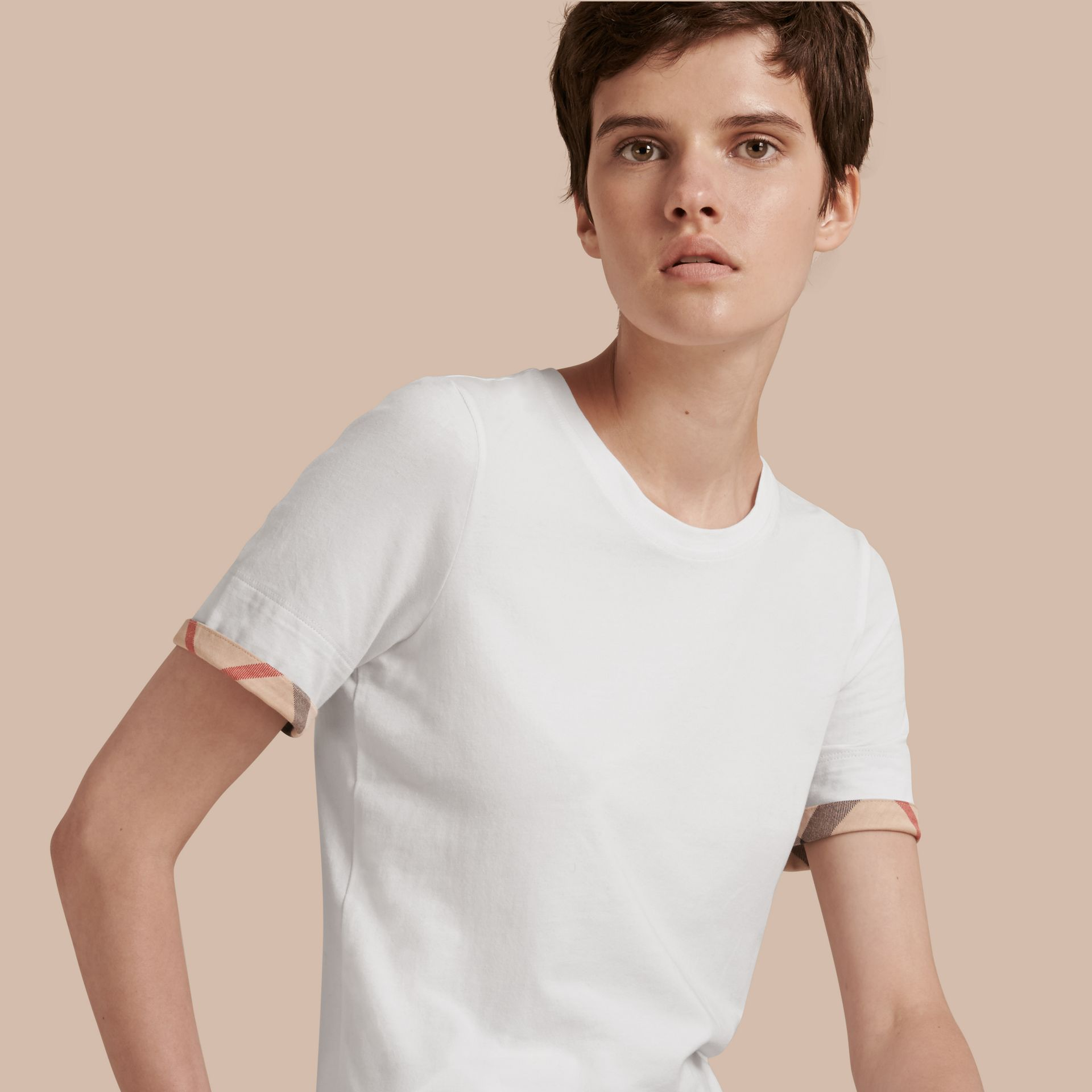 Check Cuff Stretch Cotton T-Shirt in White - gallery image 1