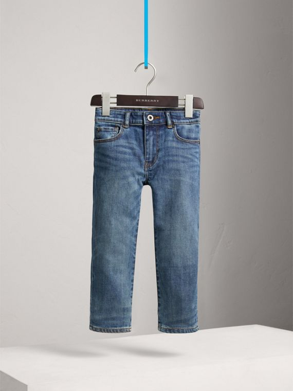 Relaxed Fit Stretch Denim Jeans in Mid Indigo - Boy | Burberry - cell image 2