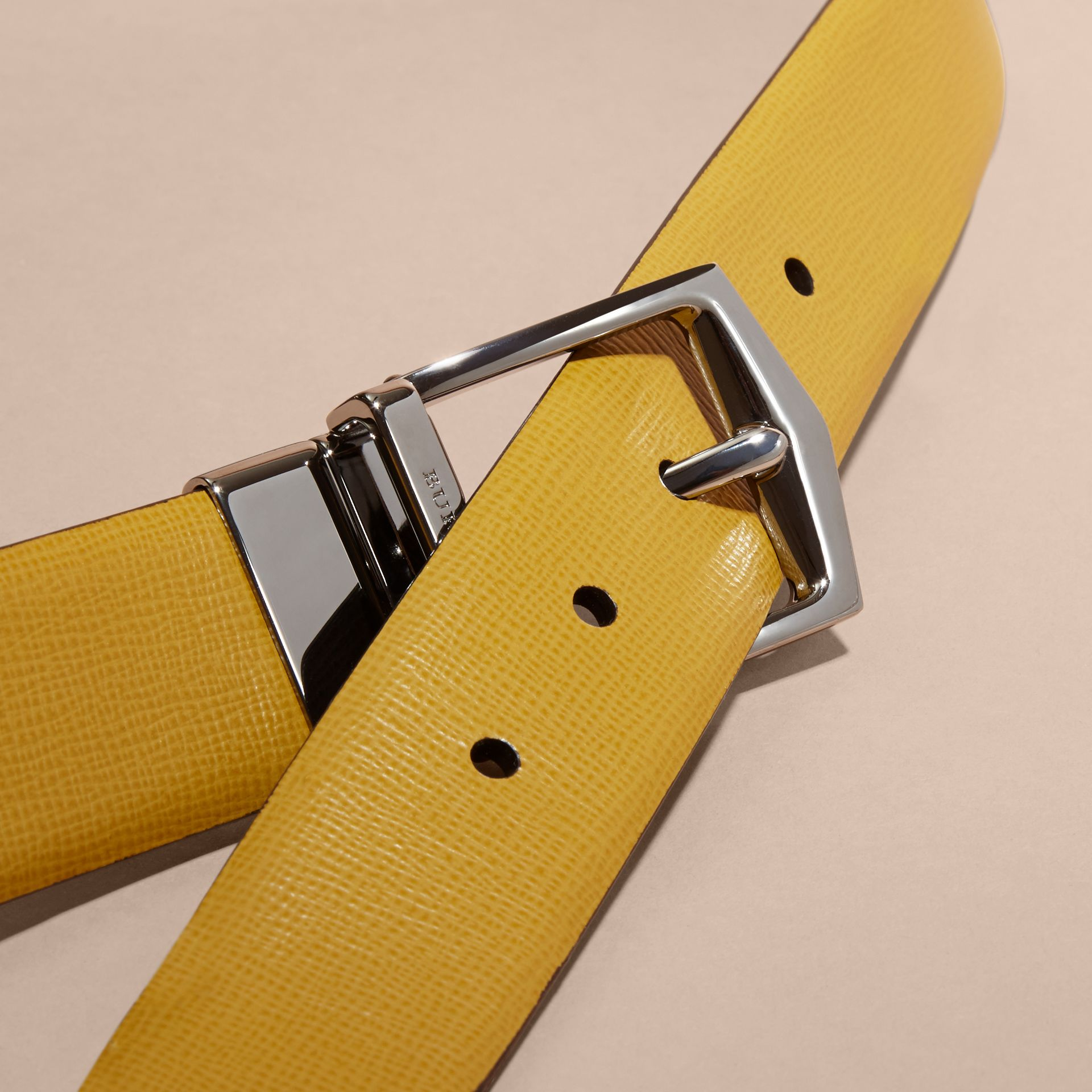 Reversible London Leather Belt Larch Yellow/bitter Chocolate - gallery image 2