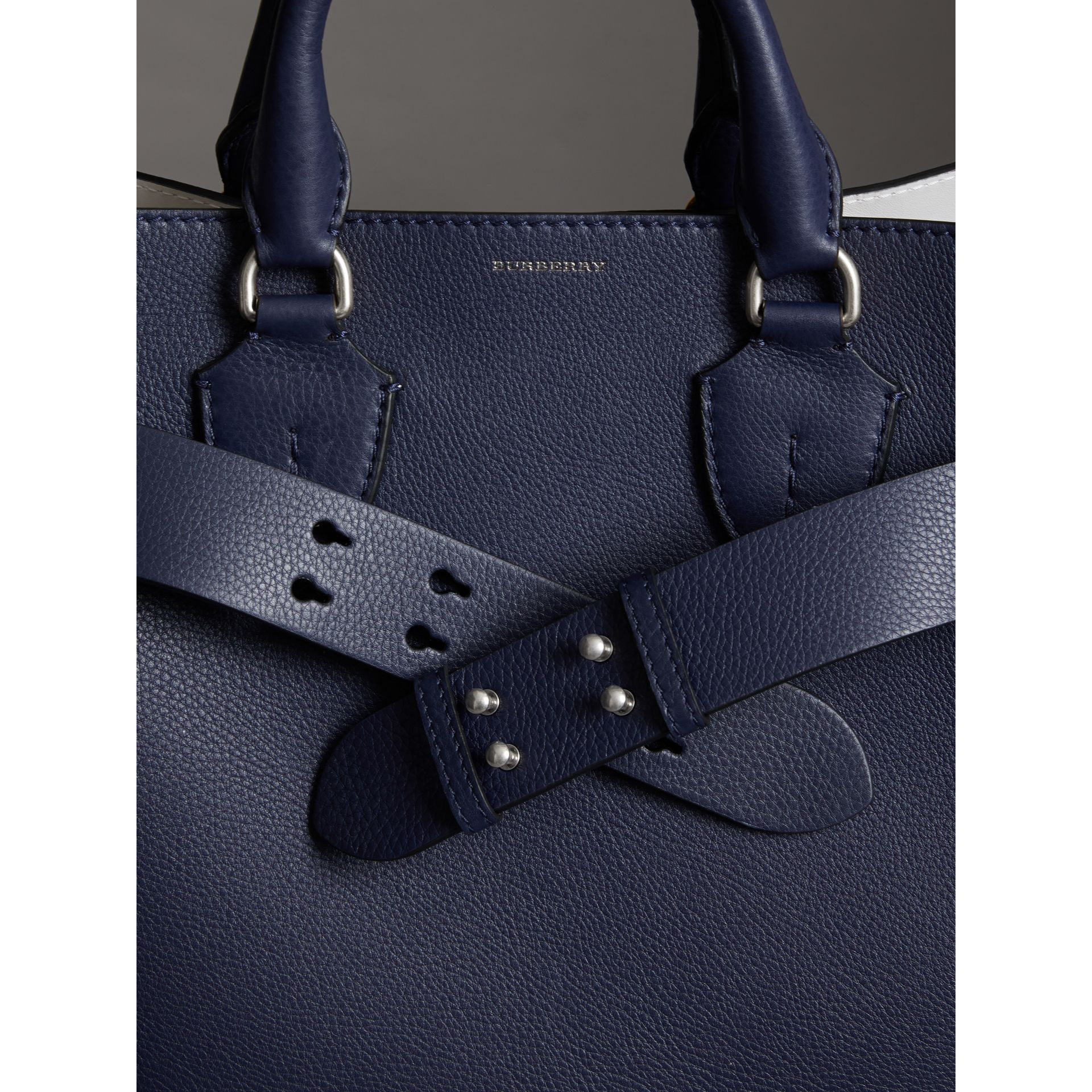 The Medium Belt Bag Grainy Leather Belt in Regency Blue - Women | Burberry United Kingdom - gallery image 2