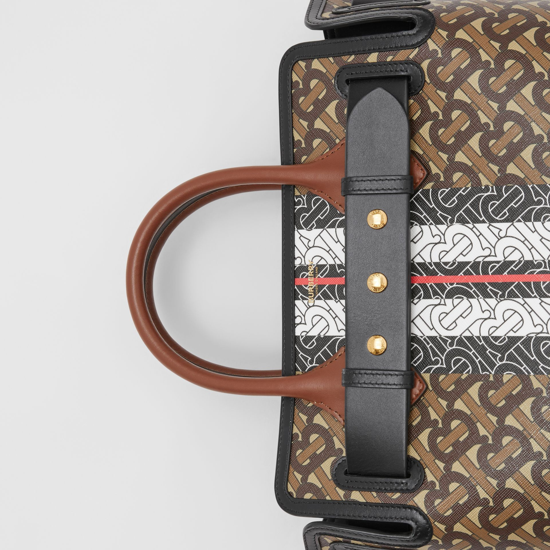 The Small Belt Bag aus Eco-Canvas mit Monogrammmuster im Streifendesign (Lederbraun) - Damen | Burberry - Galerie-Bild 1