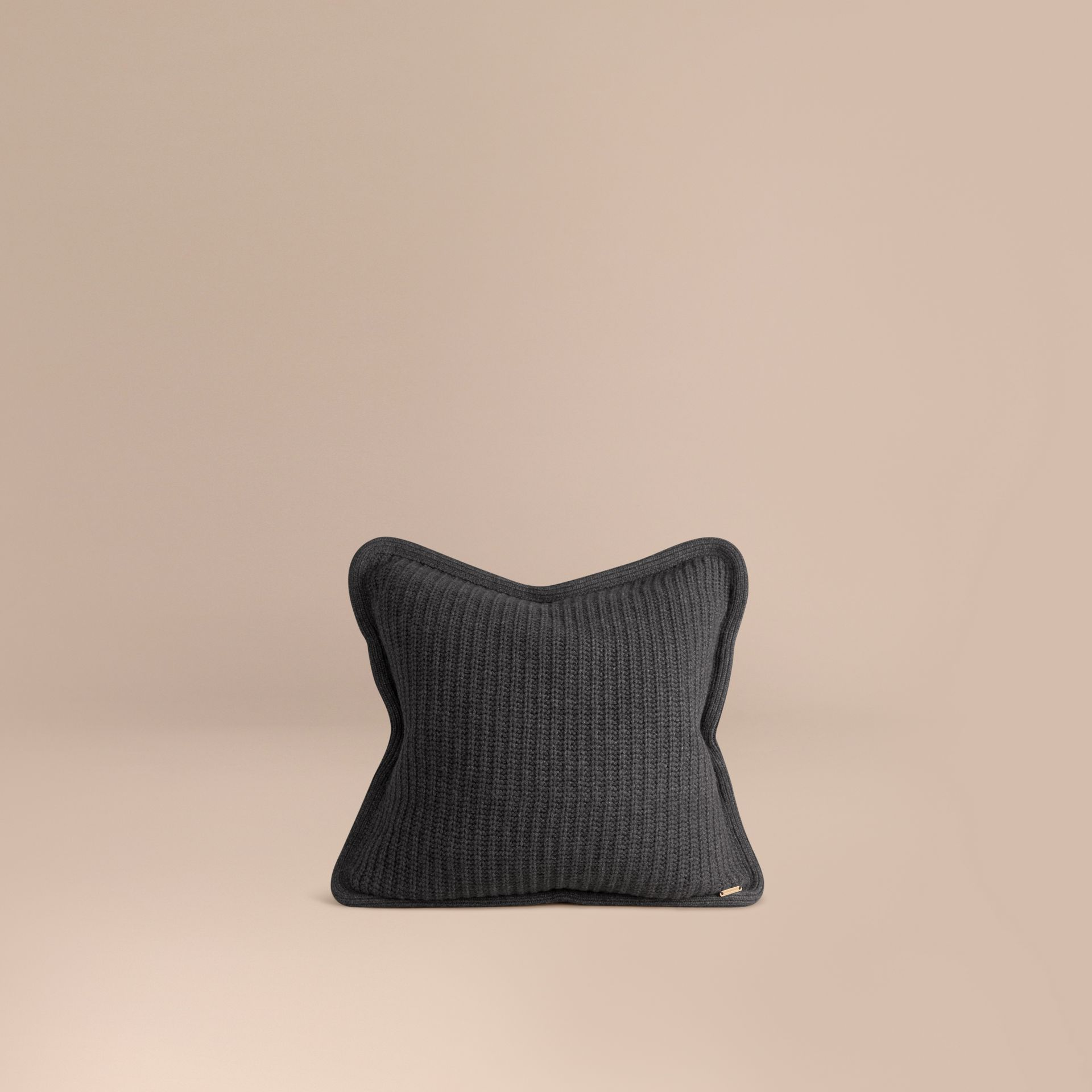 Camaïeu de gris sombres Housse de coussin en maille de cachemire Camaïeu  Gris Sombres - photo de la galerie 1