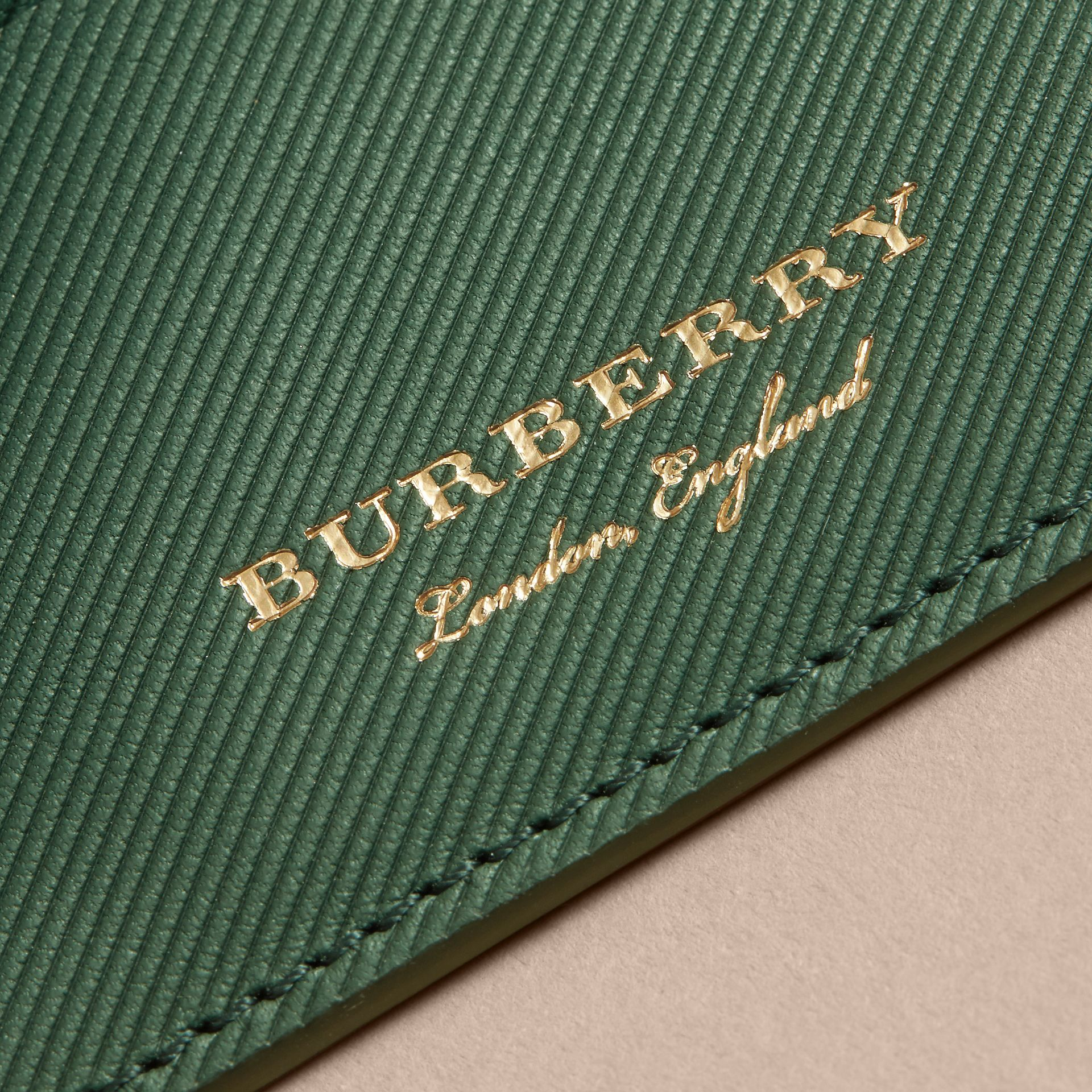 Trench Leather Card Case in Dark Forest Green | Burberry - gallery image 2