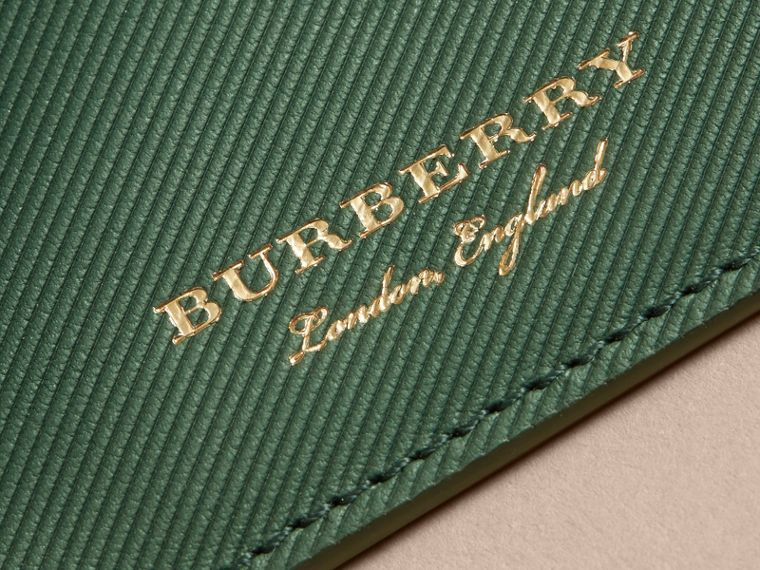 Trench Leather Card Case in Dark Forest Green | Burberry - cell image 1