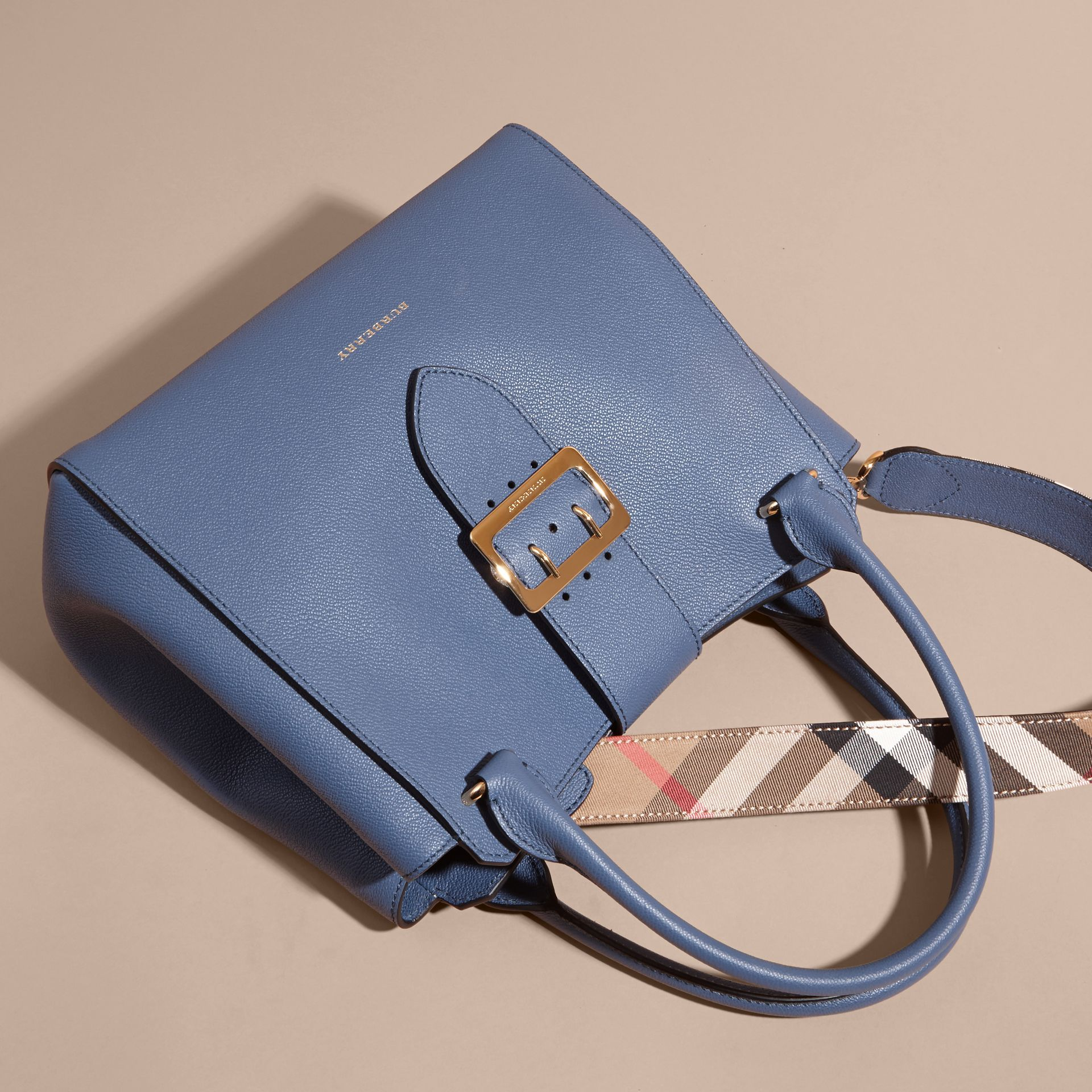 The Medium Buckle Tote in Grainy Leather in Steel Blue - gallery image 7