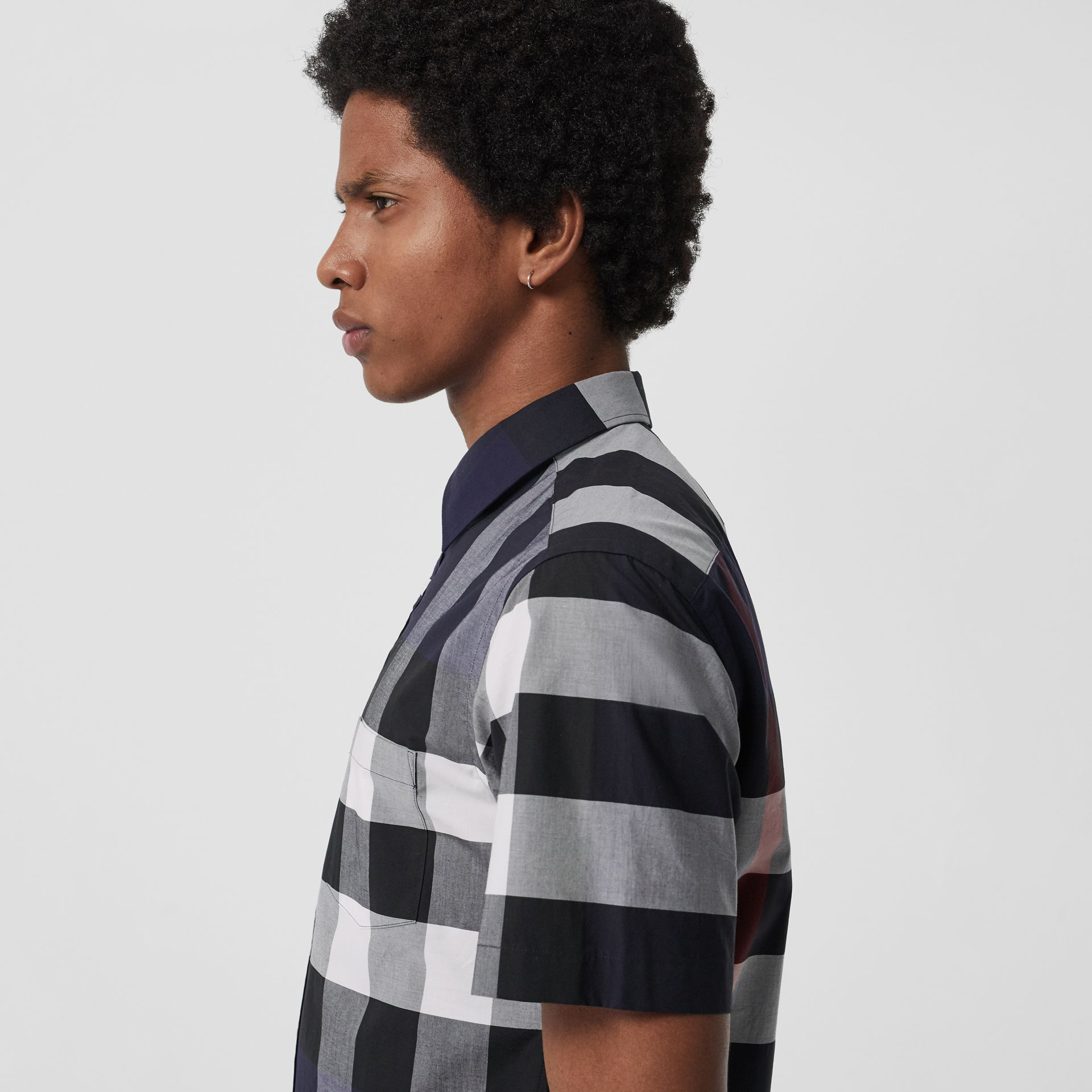Short-sleeve Check Stretch Cotton Shirt in Navy - Men | Burberry Canada - gallery image 1