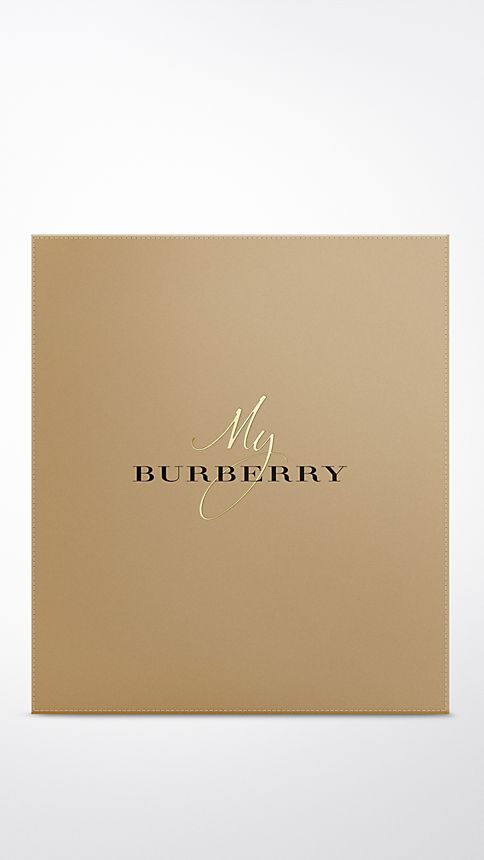 Honey trench My Burberry Eau de Parfum Collector's Edition 900ml - Image 2