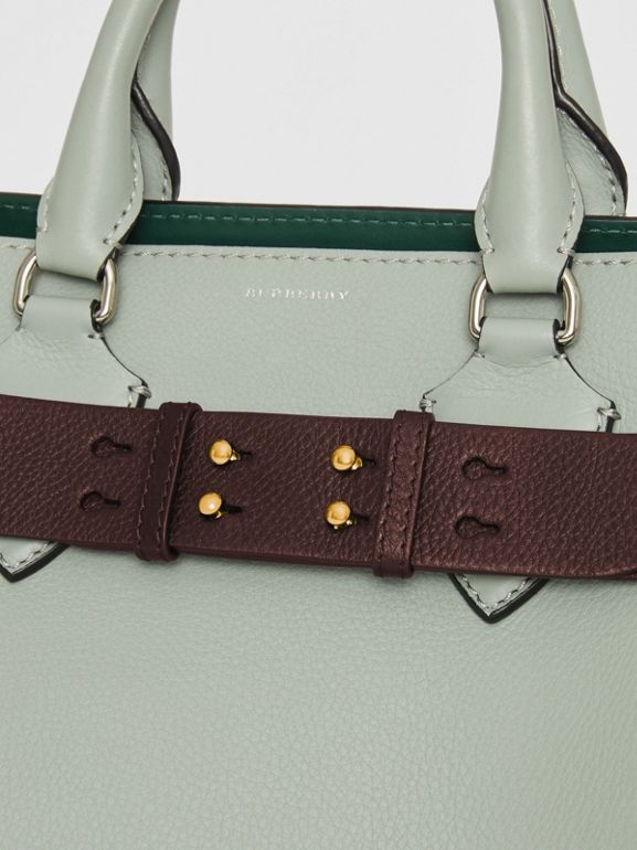 Cintura in pelle a grana per borsa The Belt piccola (Rosso Violetto Intenso) - Donna | Burberry - cell image 1