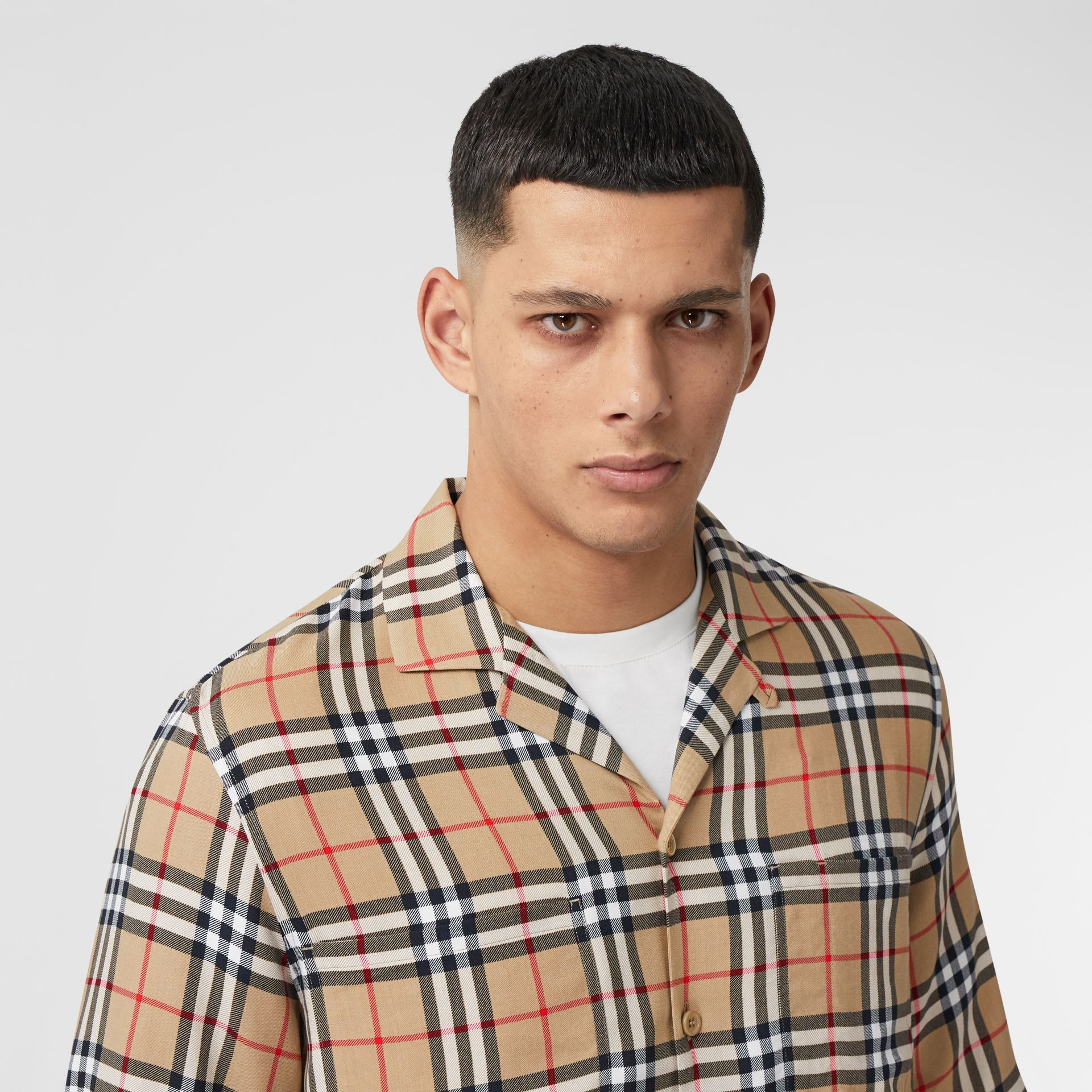 Short-sleeve Vintage Check Twill Shirt in Archive Beige - Men | Burberry United Kingdom - gallery image 1