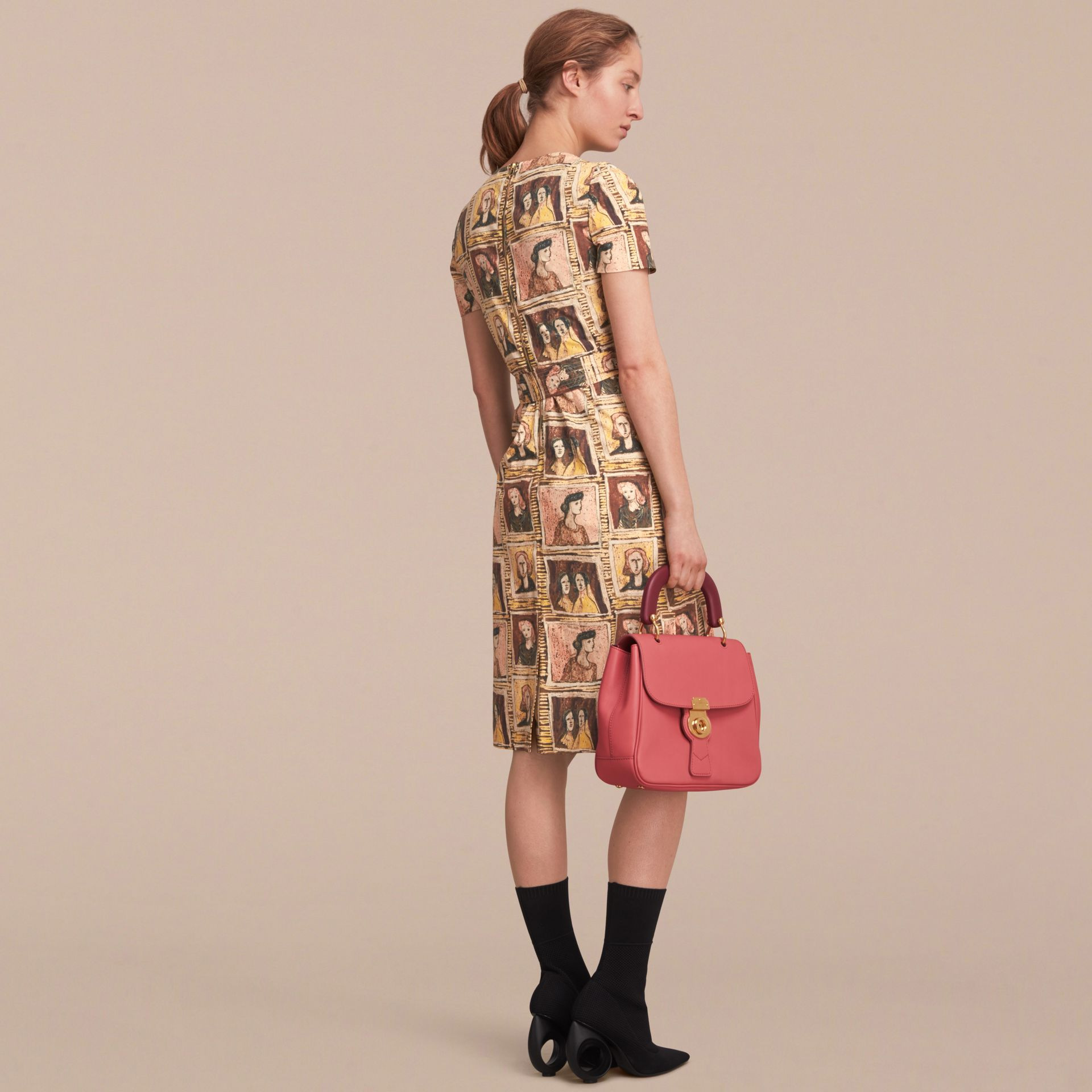Framed Heads Print Cotton Shift Dress in Umber Brown - Women | Burberry - gallery image 2