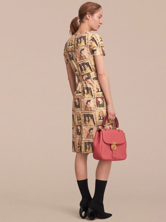 Framed Heads Print Cotton Shift Dress in Umber Brown - Women | Burberry - cell image 2