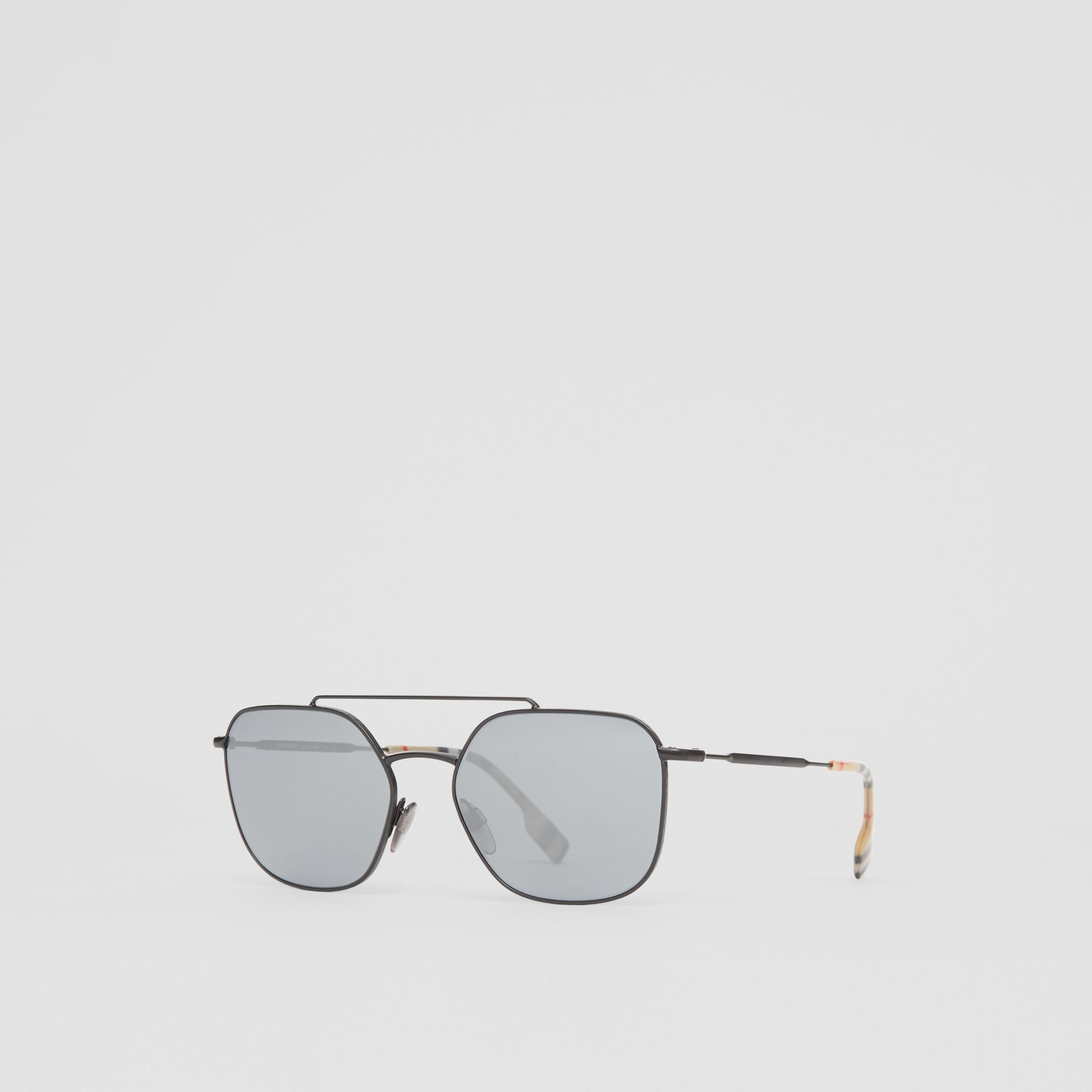 Top Bar Detail Square Pilot Sunglasses in Matt Black - Men | Burberry United Kingdom - gallery image 4