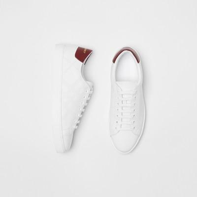 Burberry - Sneakers en cuir à motif check perforé - 1