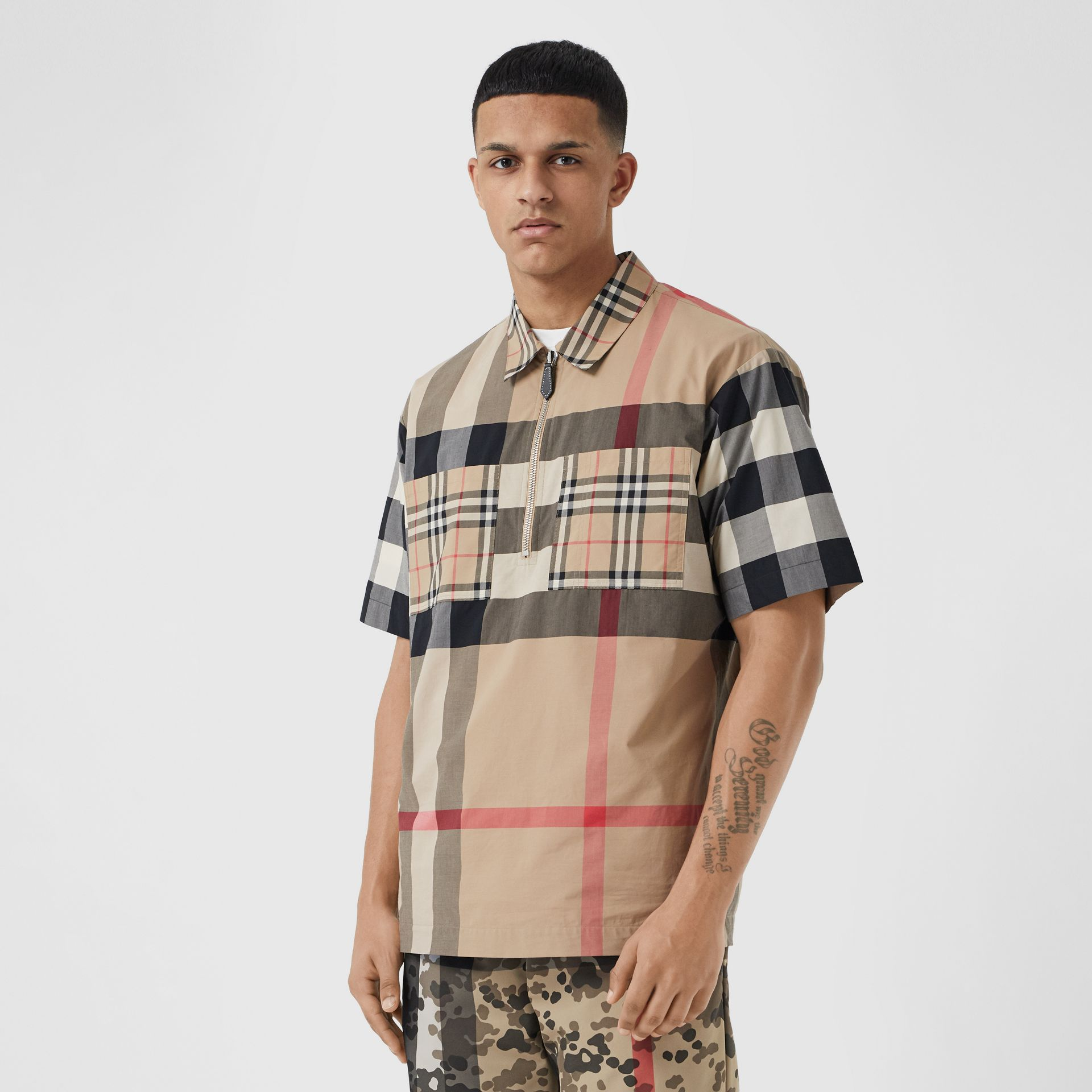 Short-sleeve Panelled Check Stretch Cotton Shirt in Archive Beige | Burberry United Kingdom - gallery image 0