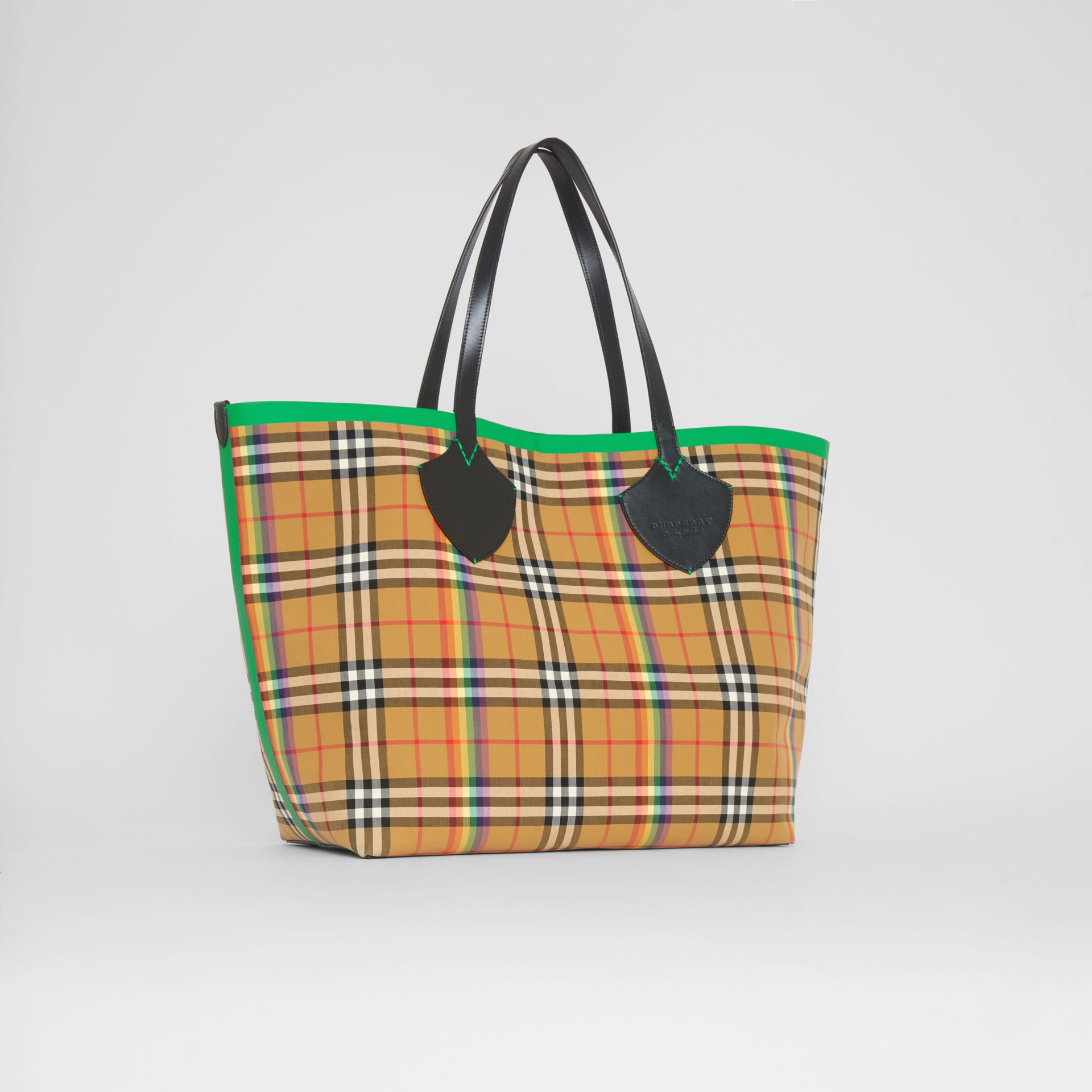 The Giant Tote in Rainbow Vintage Check in Antique Yellow | Burberry - gallery image 6