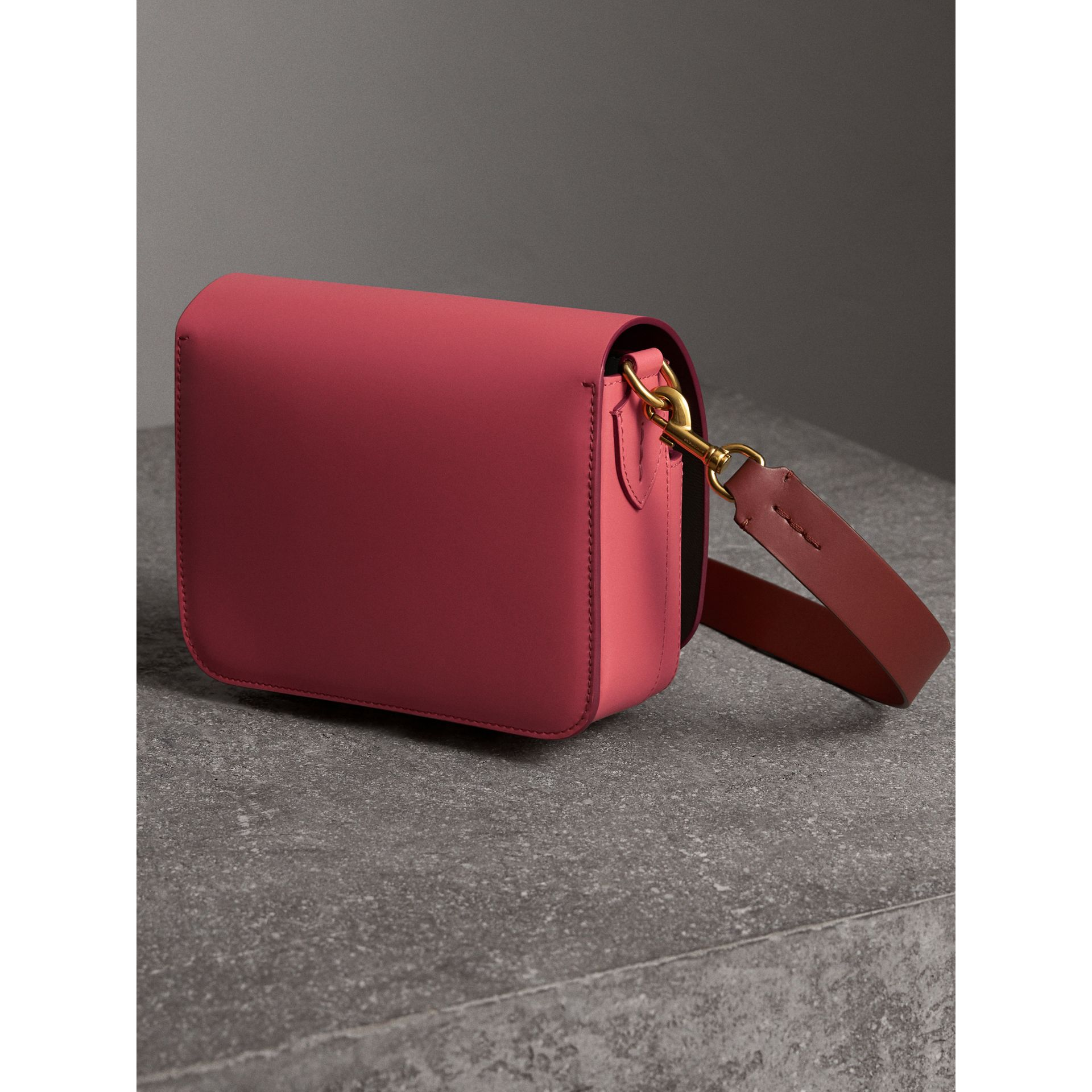 The Square Satchel in Leather in Bright Peony - Women | Burberry United Kingdom - gallery image 3