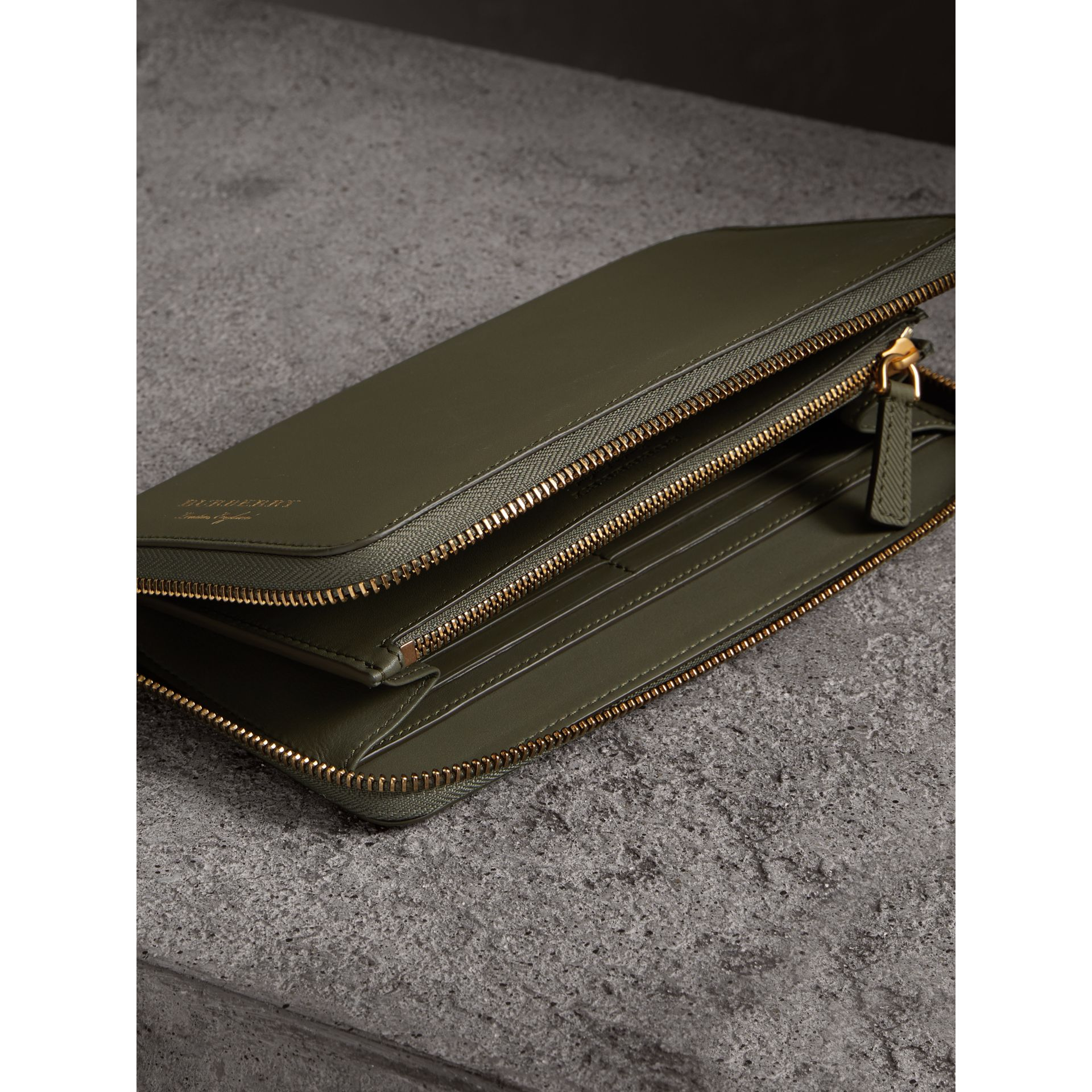 Trench Leather Ziparound Wallet in Slate Green - Men | Burberry United States - gallery image 3