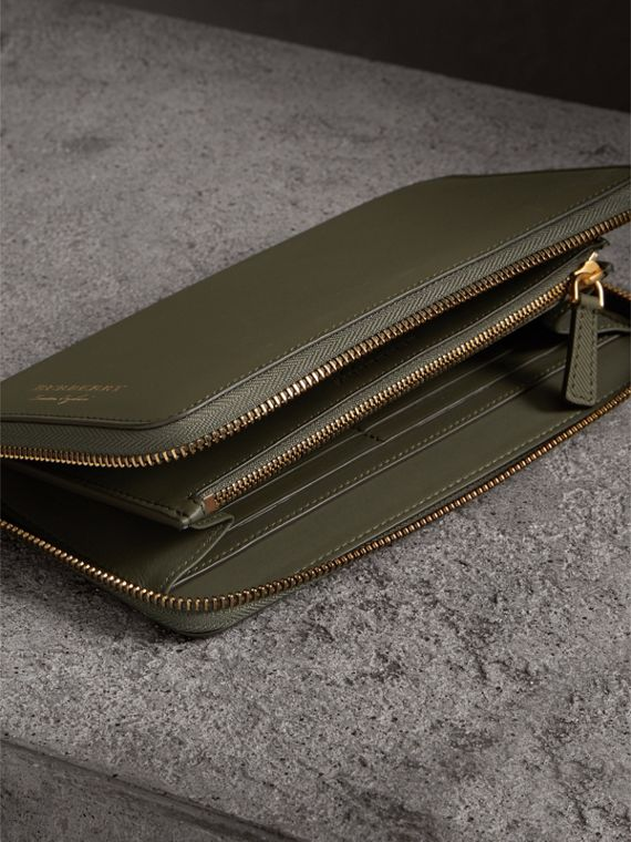 Trench Leather Ziparound Wallet in Slate Green - Men | Burberry Canada - cell image 3