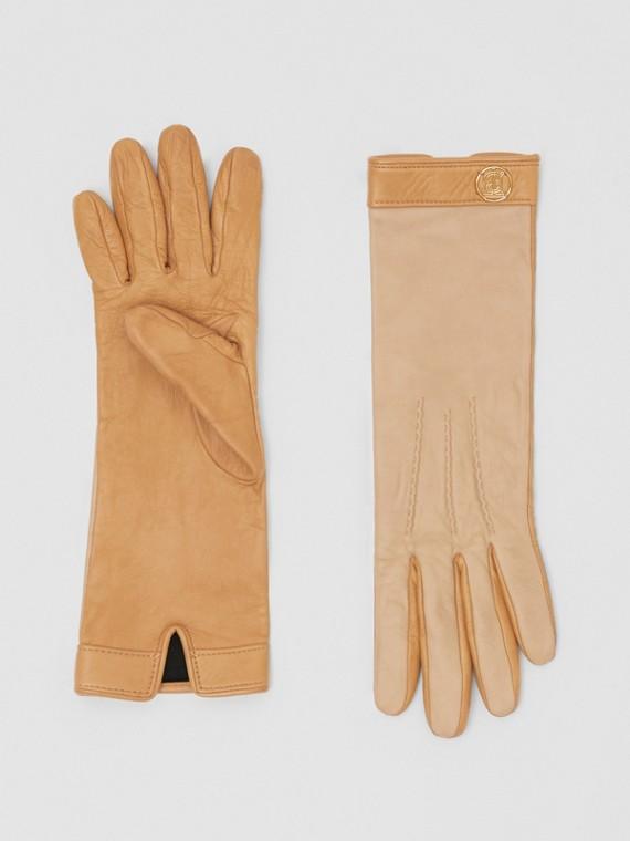 Silk-lined Two-tone Lambskin Gloves in Stone