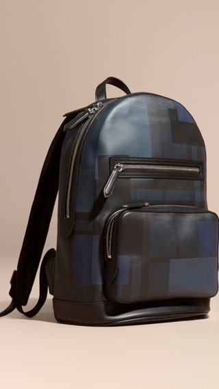 Rucksack mit London-Check-Muster in Patchwork-Optik