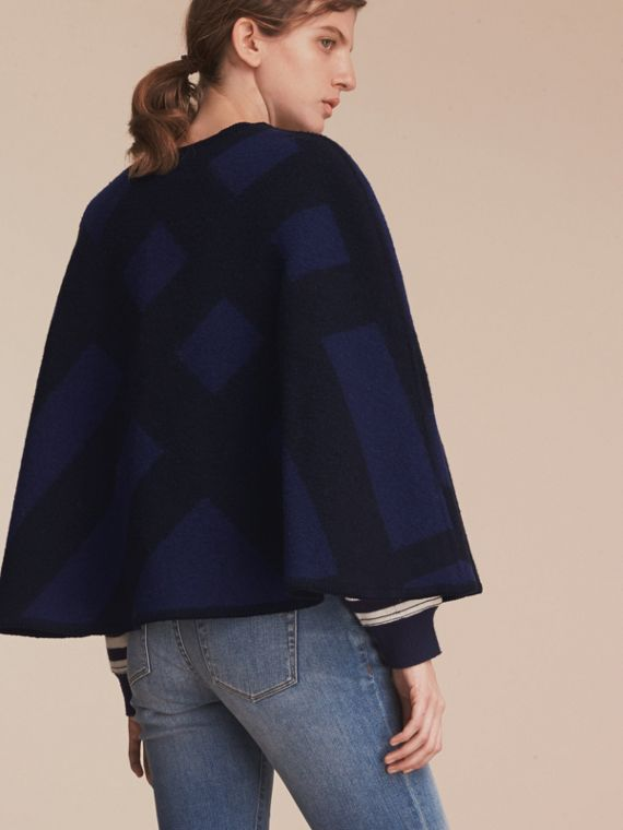Check Wool Cashmere Blanket Cape in Navy - Women | Burberry Hong Kong - cell image 2