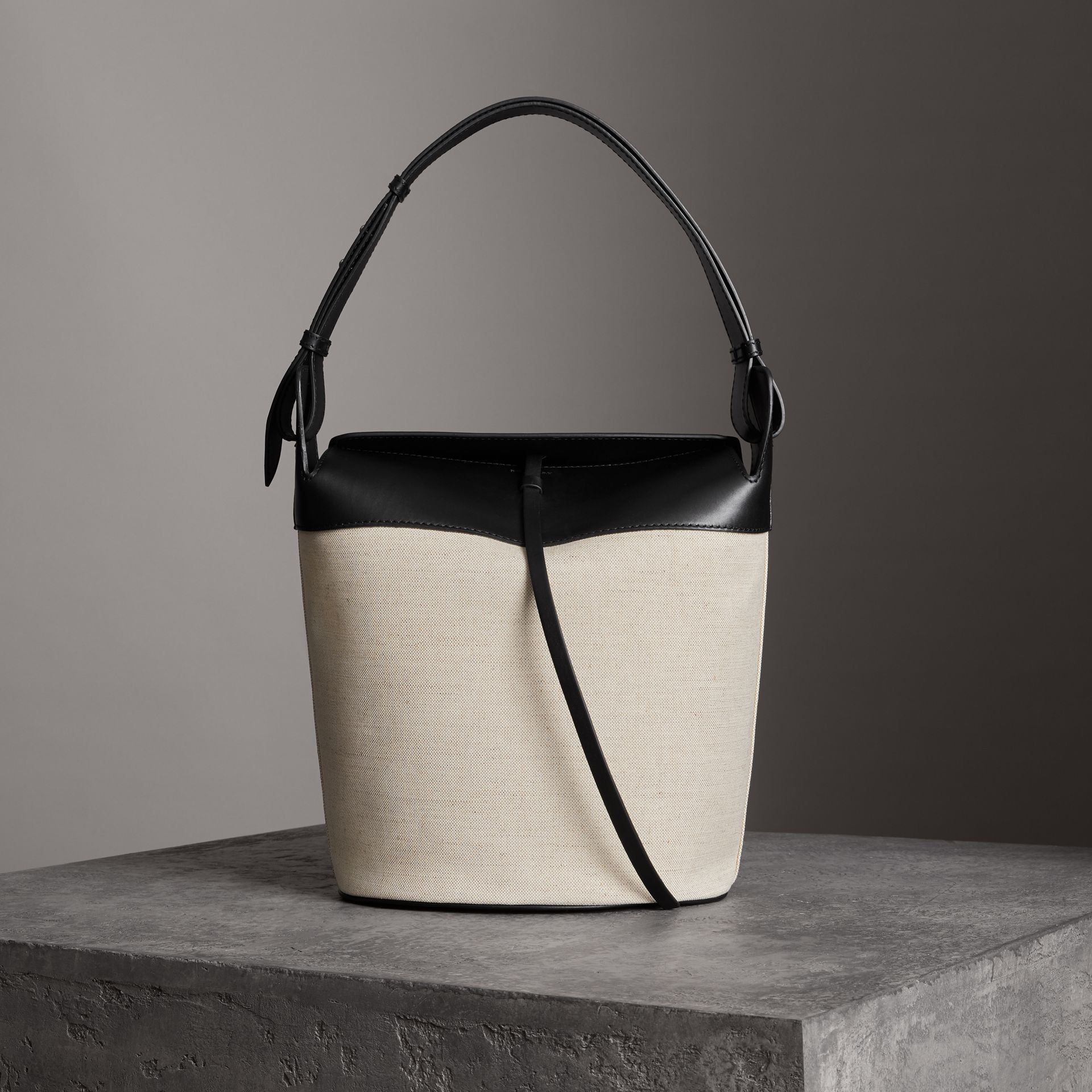 The Large Cotton Linen and Leather Bucket Bag in Black - Women | Burberry - gallery image 0