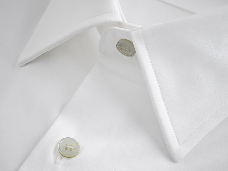 Modern Fit Short-sleeved Stretch Cotton Shirt in White - Men | Burberry - cell image 1
